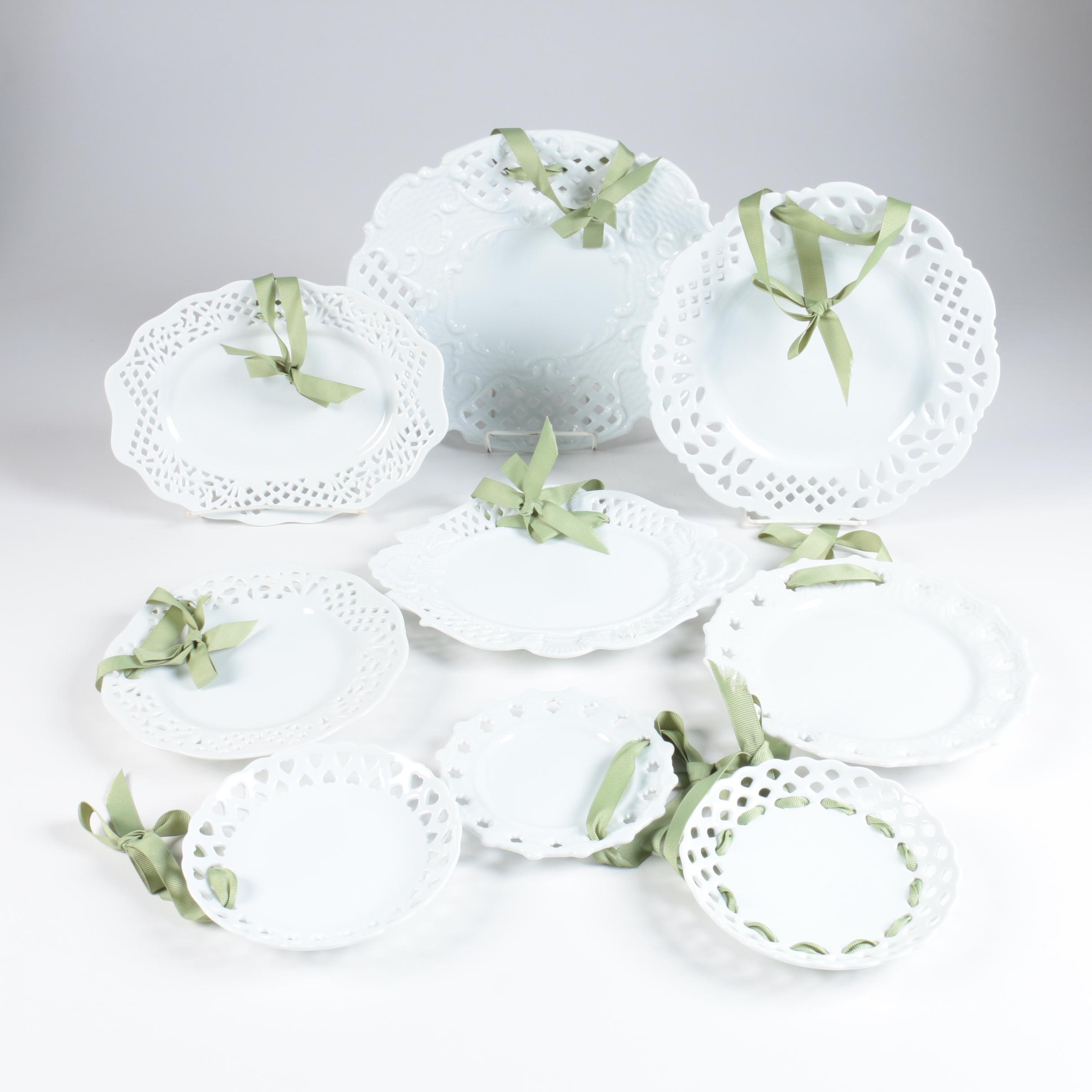 Two's Company Decorative Plates with Ribbon