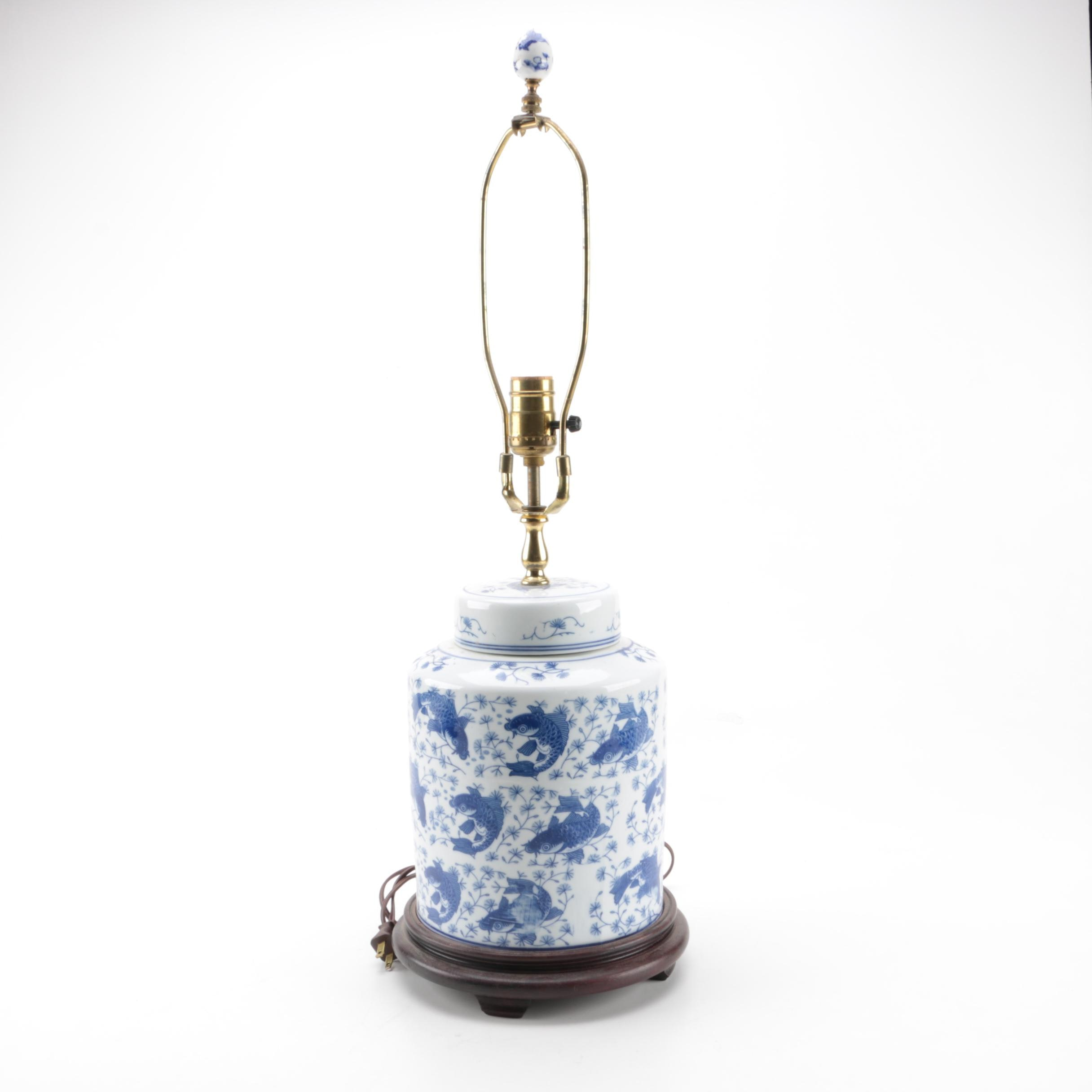Chinoiserie Blue and White Ceramic Table Lamp