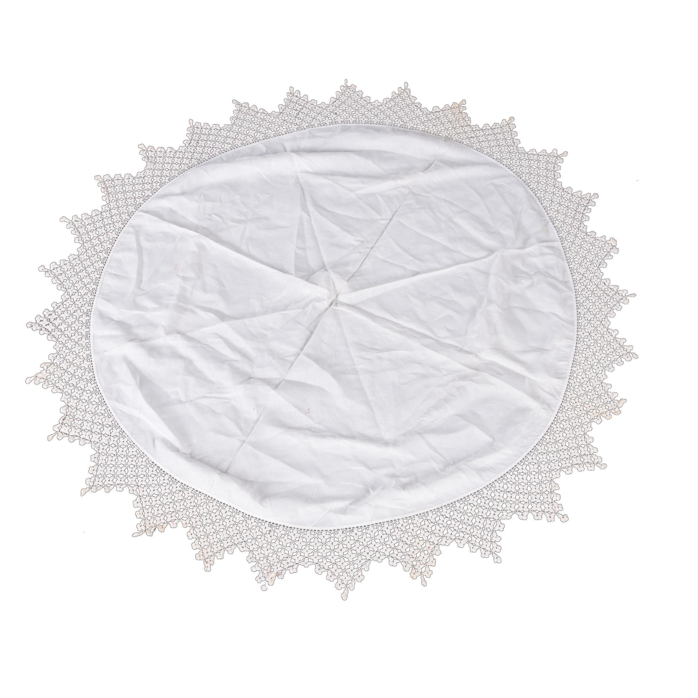1940's Handmade Crocheted Tablecloth