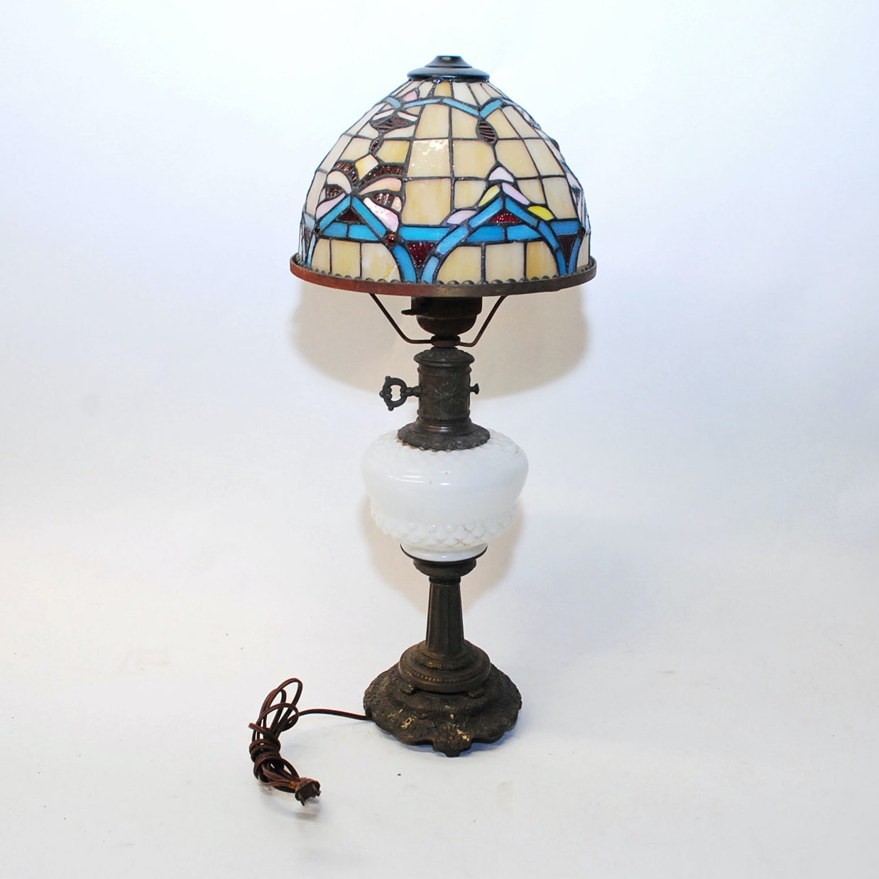 Vintage Parlor Style Lamp with Tiffany Style Shade