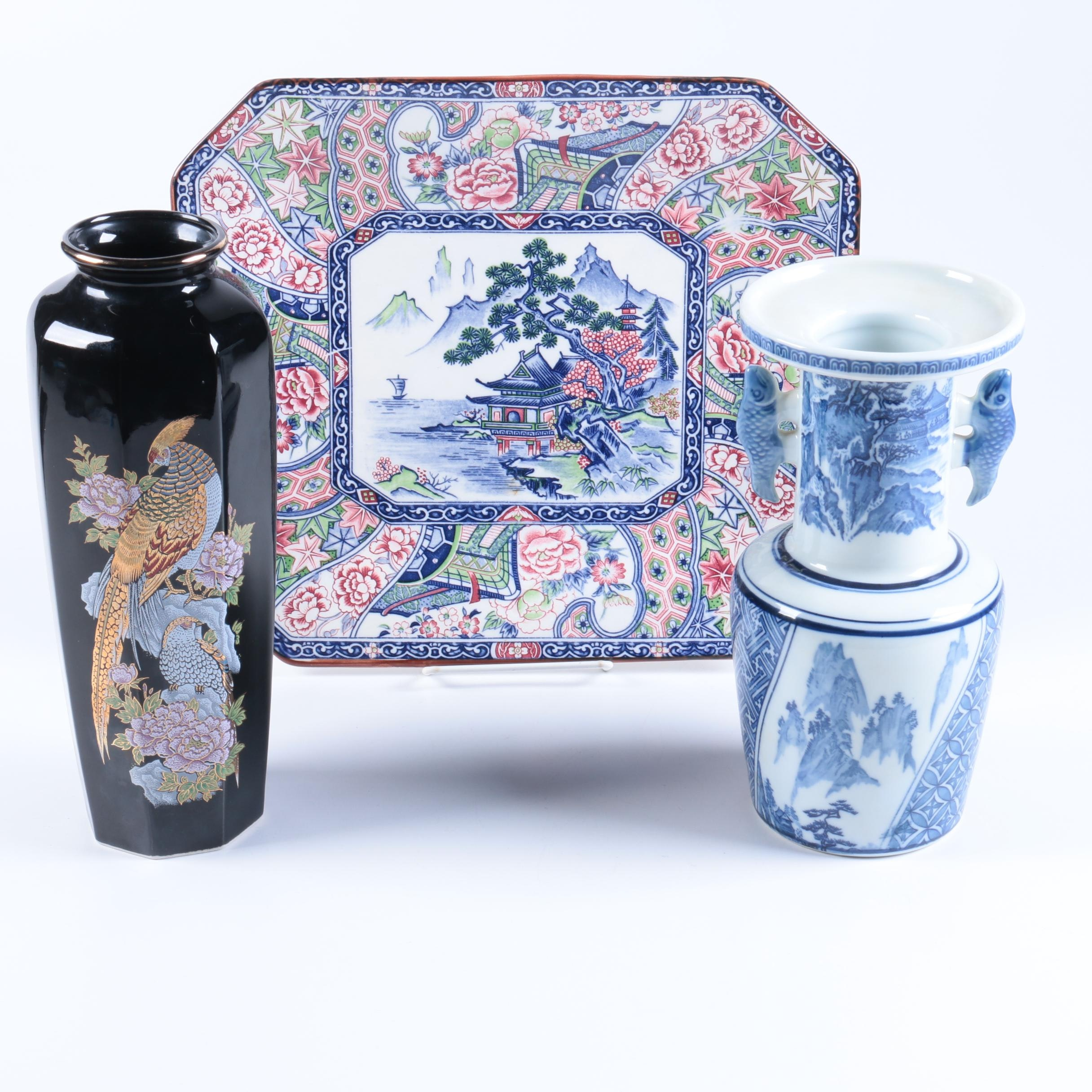 Japanese Porcelain Vases and Tray