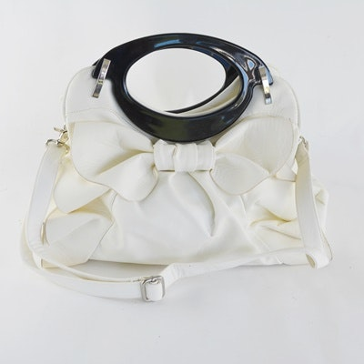 Mellow World White Ruffled Leather Handbag