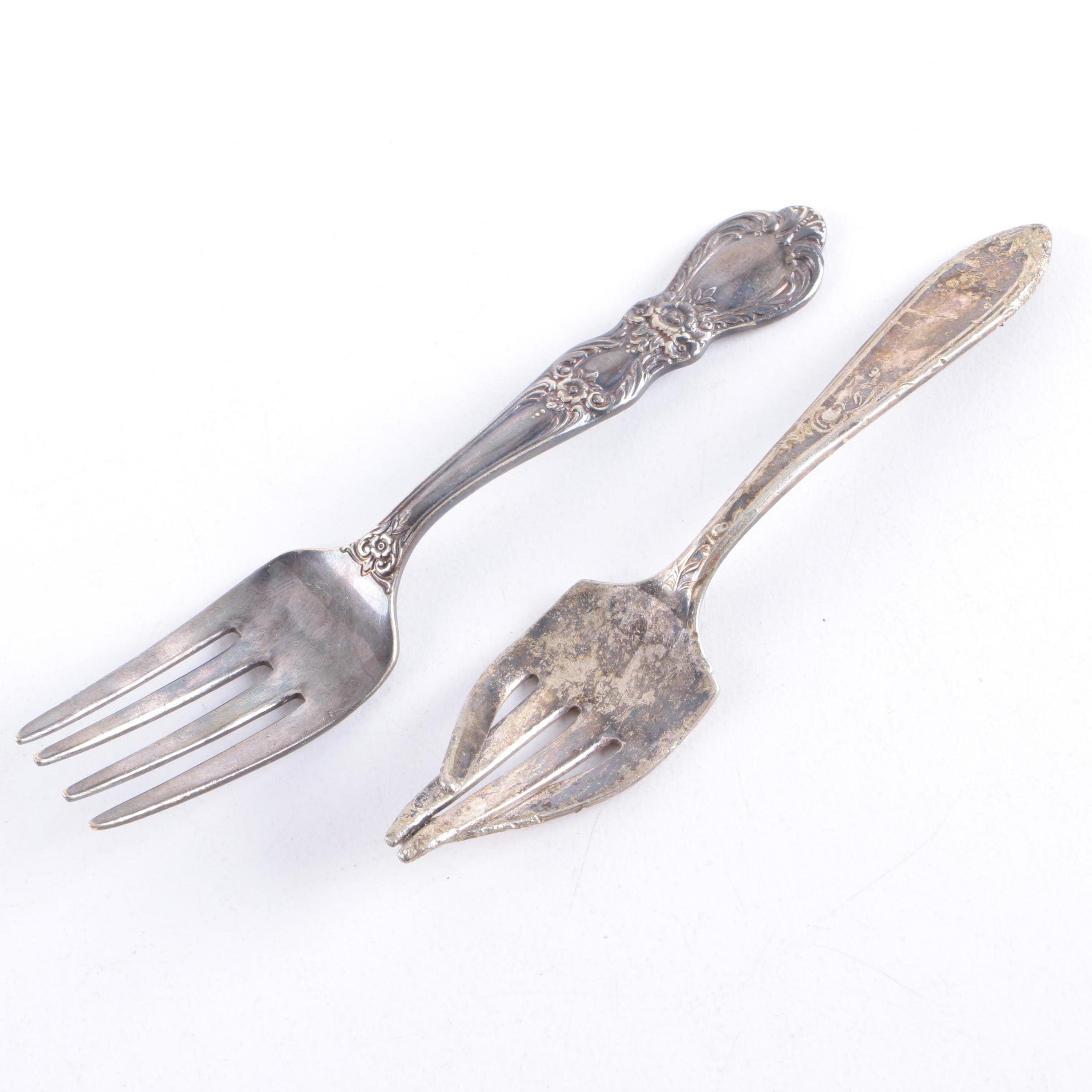 """1847 Rogers Bros. """"Heritage"""" and Stratford Silver Plate Baby Forks"""