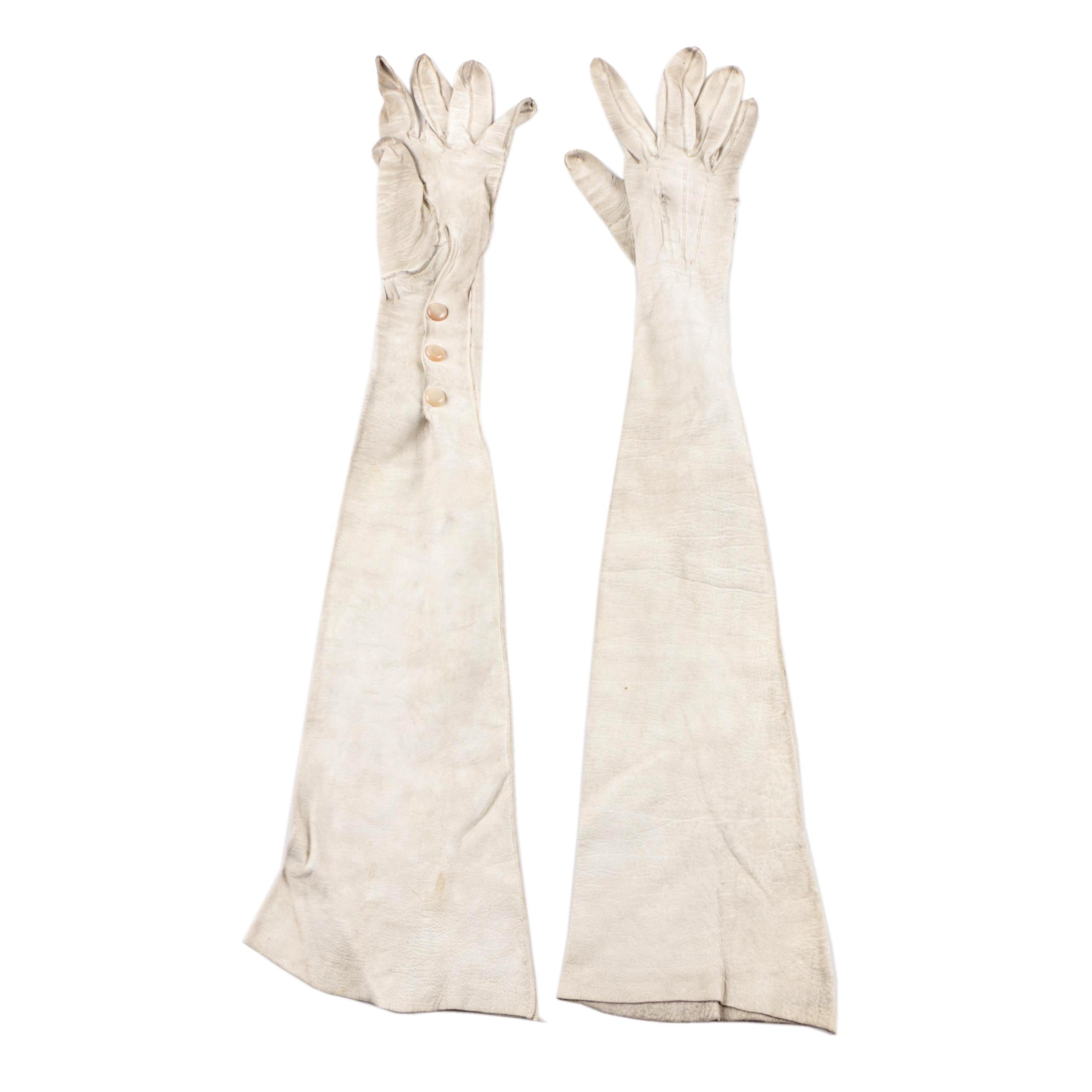 Vintage Off-White Leather Opera Gloves with Opalescent Buttons
