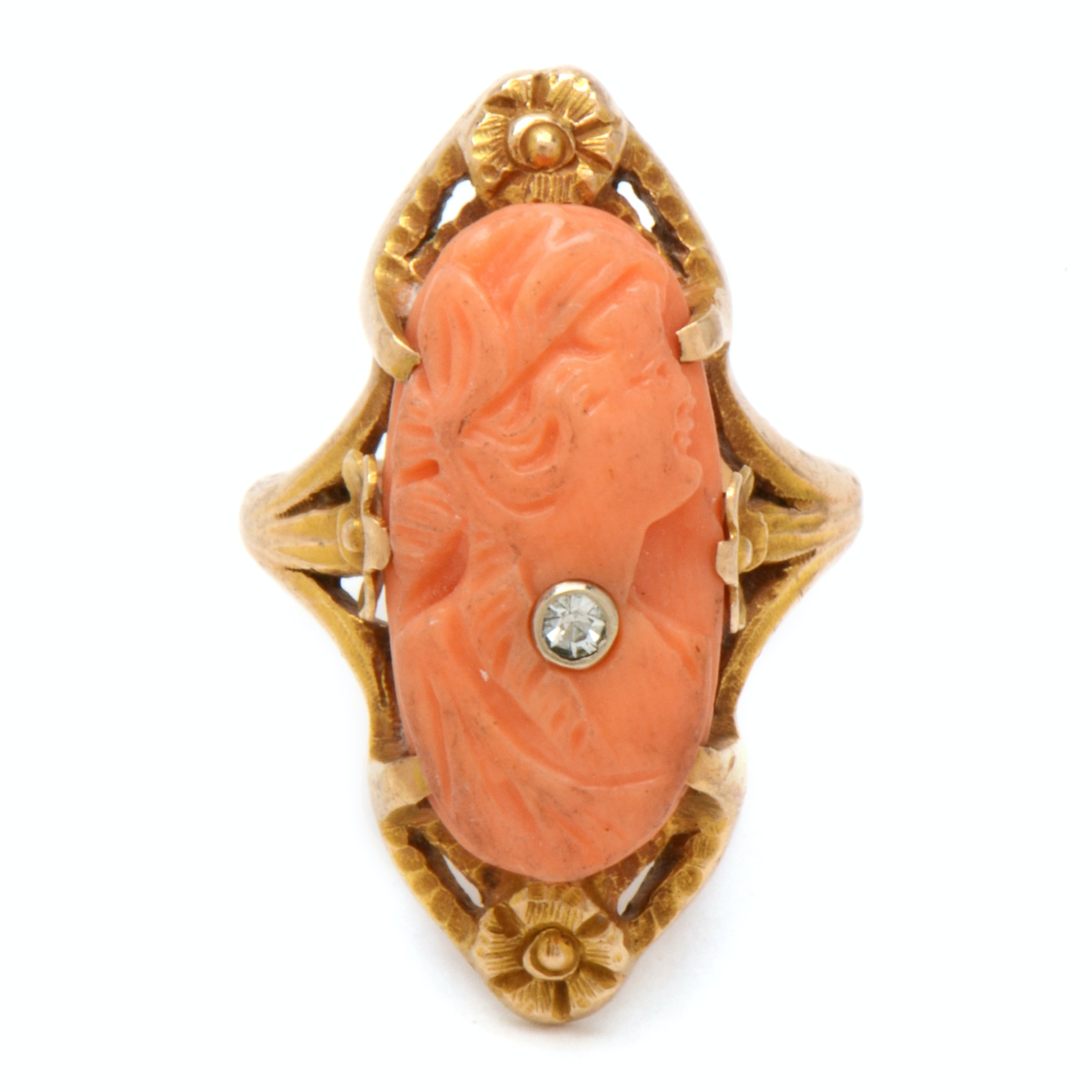 Art Nouveau 14K Yellow Gold Carved Coral Cameo Diamond Habillé Ring