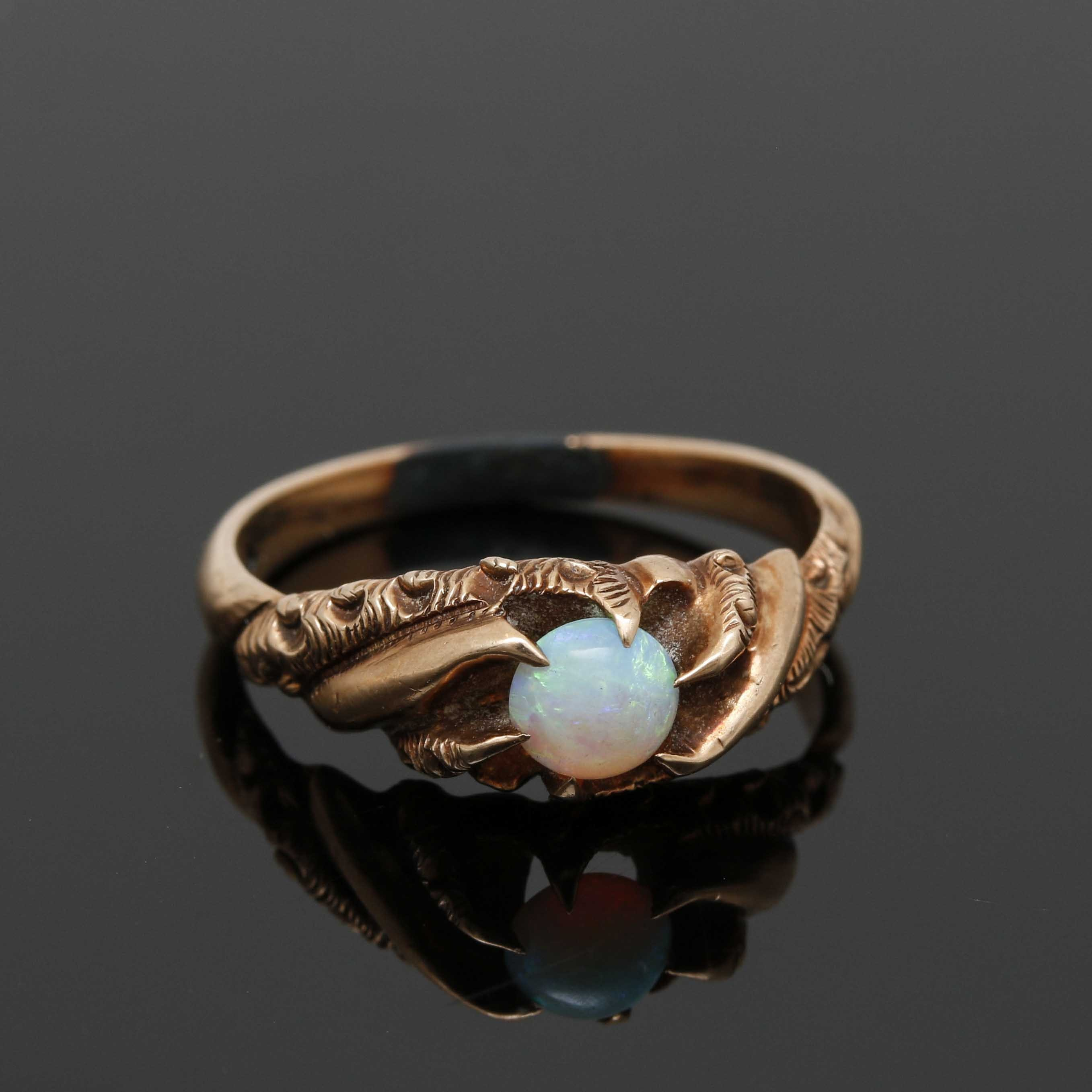 Victorian 10K Yellow Gold Opal Ring