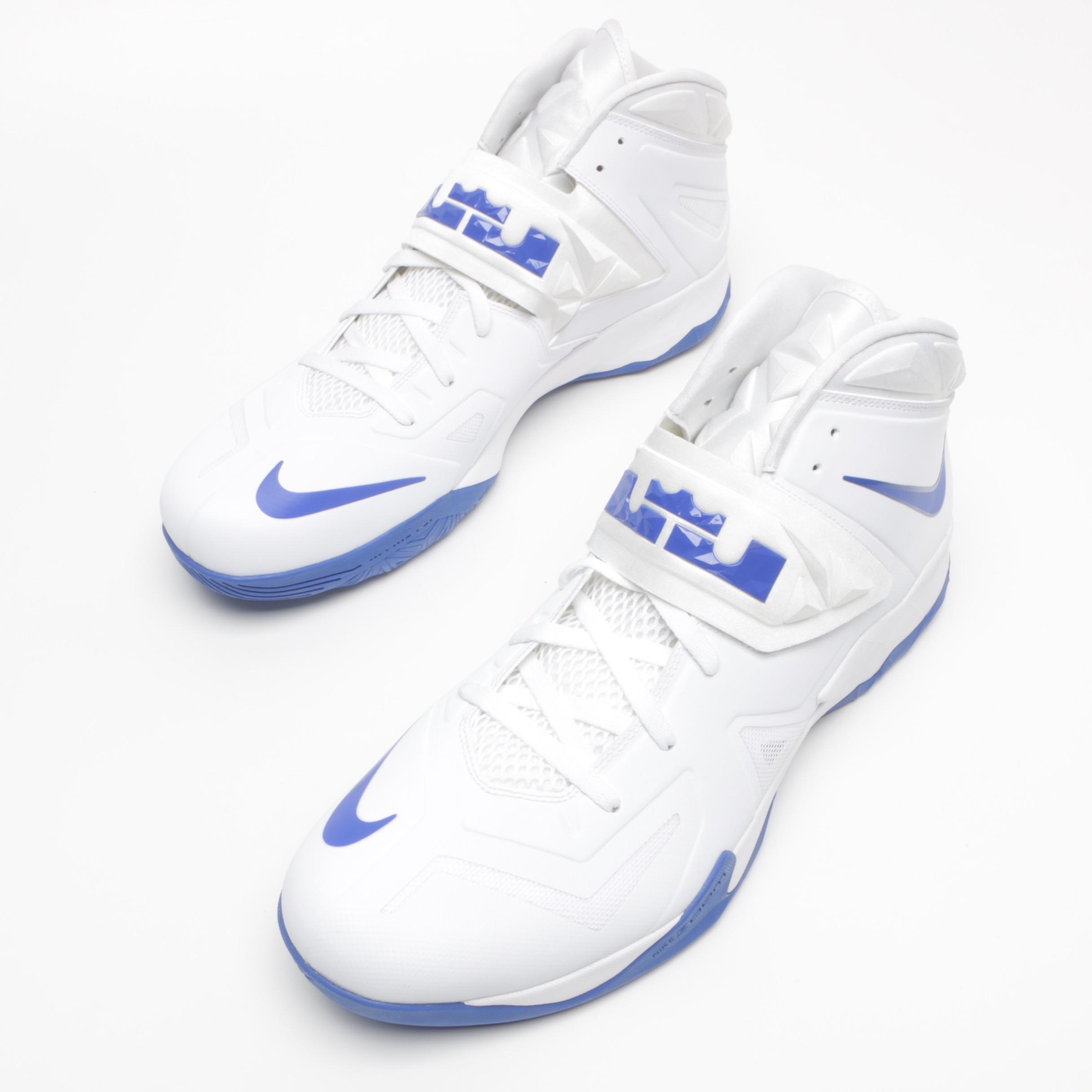 Men u0027s UK Team Issued Nike Zoom LeBron James Soldier VII Basketball  Sneakers . 678bfccd7