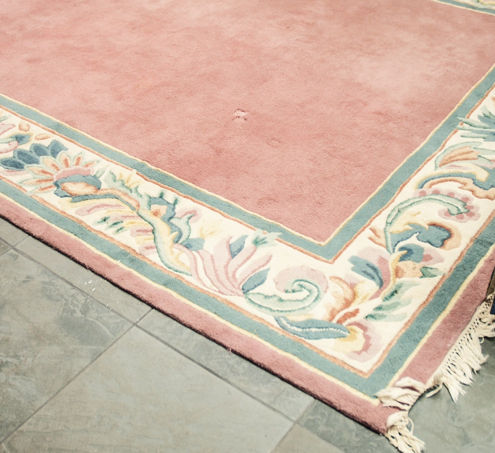 Tufted Floral Area Rug