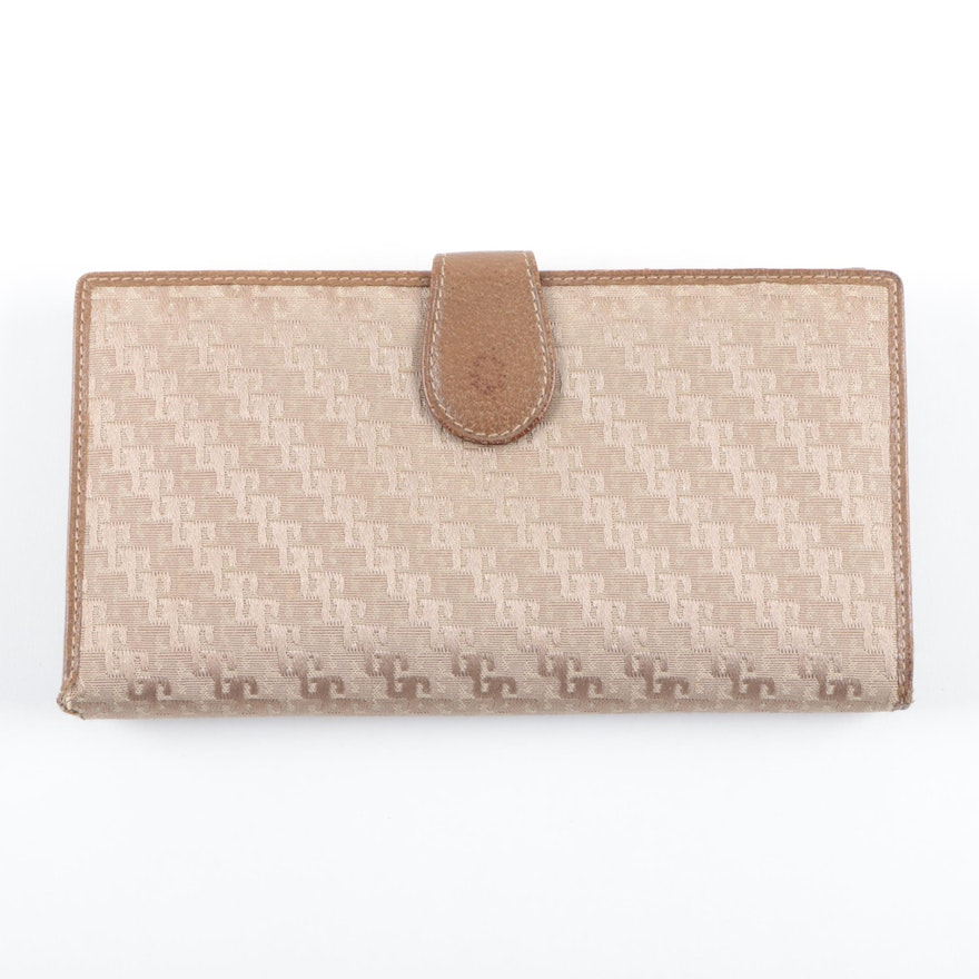 8249e79d02a6 Gucci Taupe Signature Canvas and Leather Wallet : EBTH