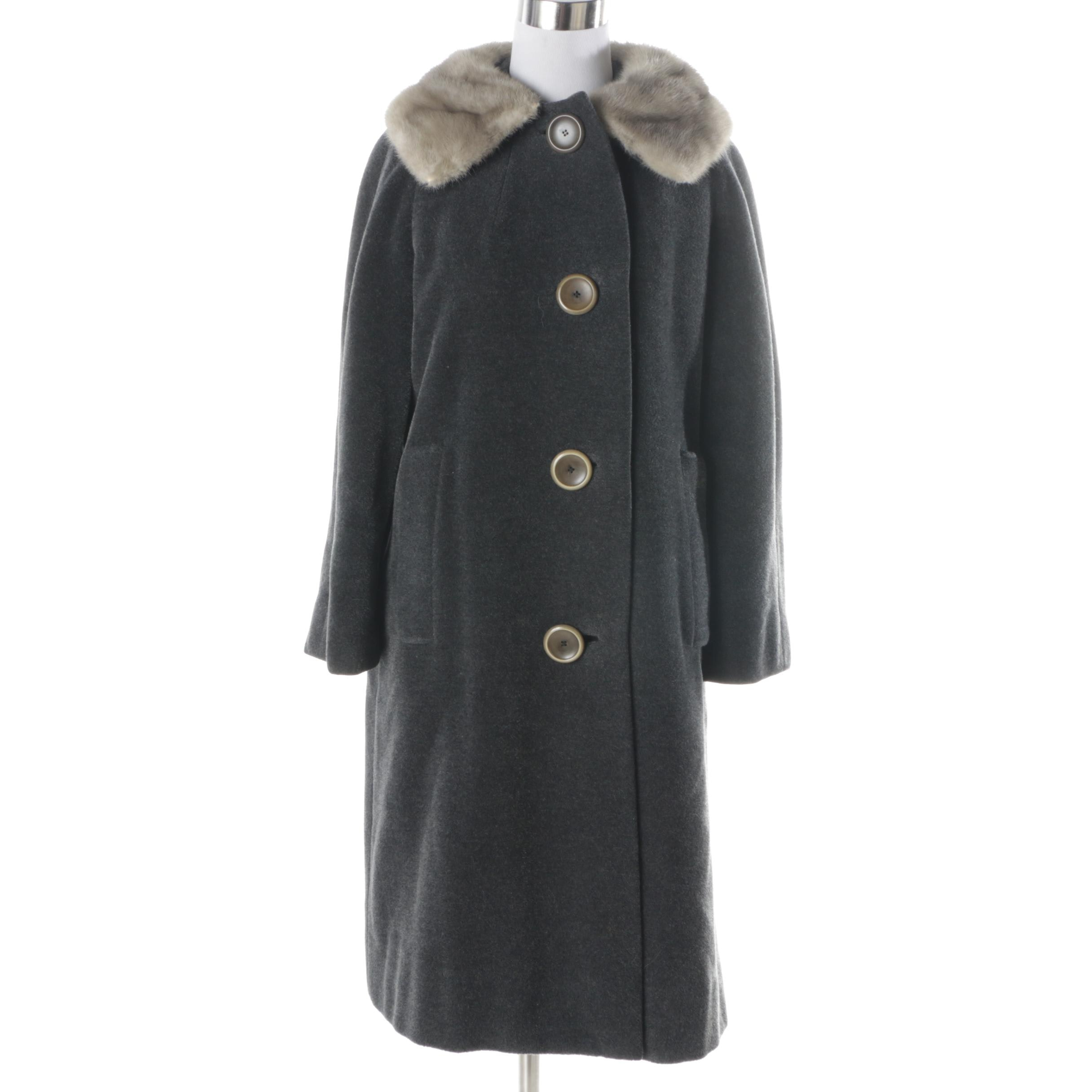 Women's Vintage Wool Coat with Mink Fur Collar