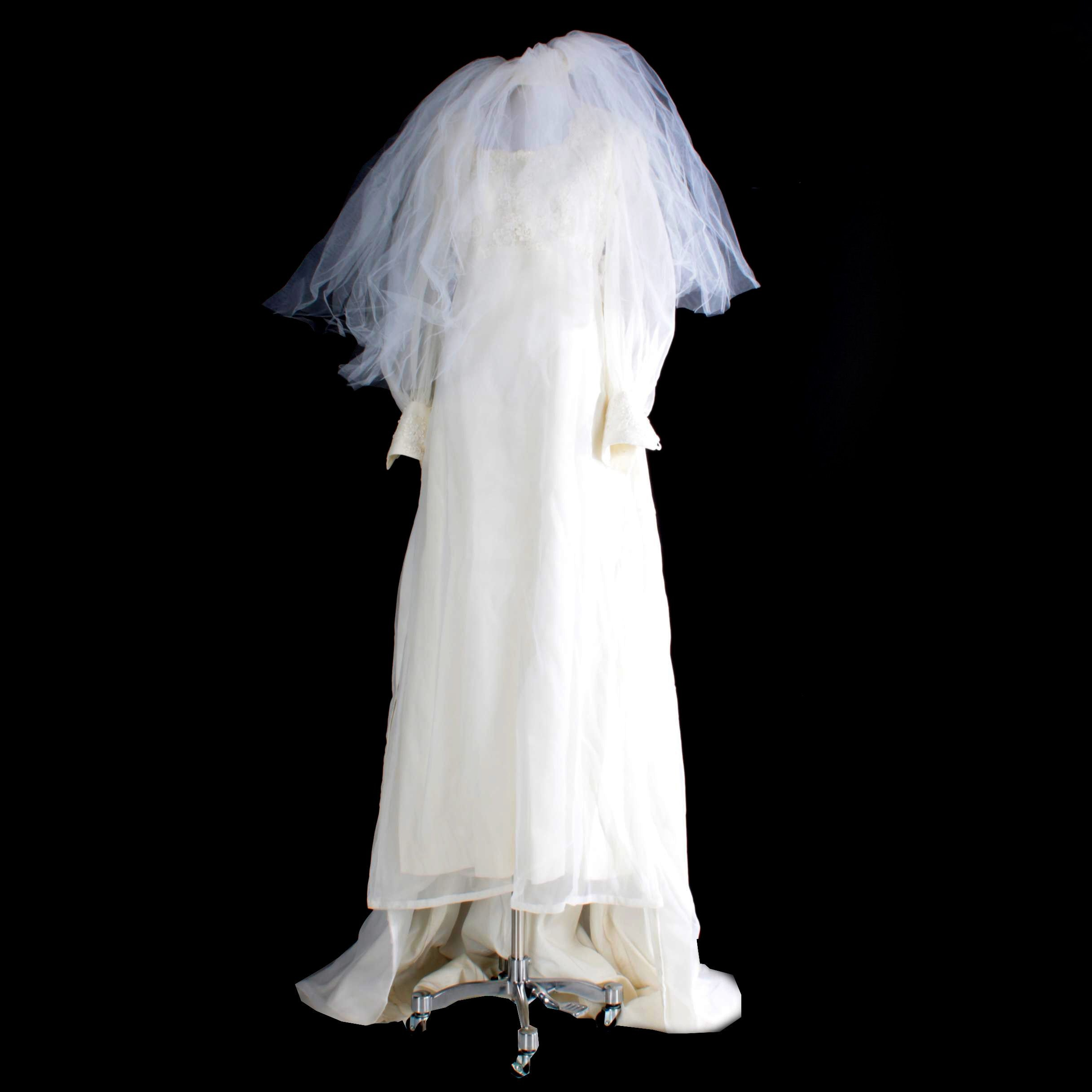 Circa 1960s Vintage Wedding Dress and Veil