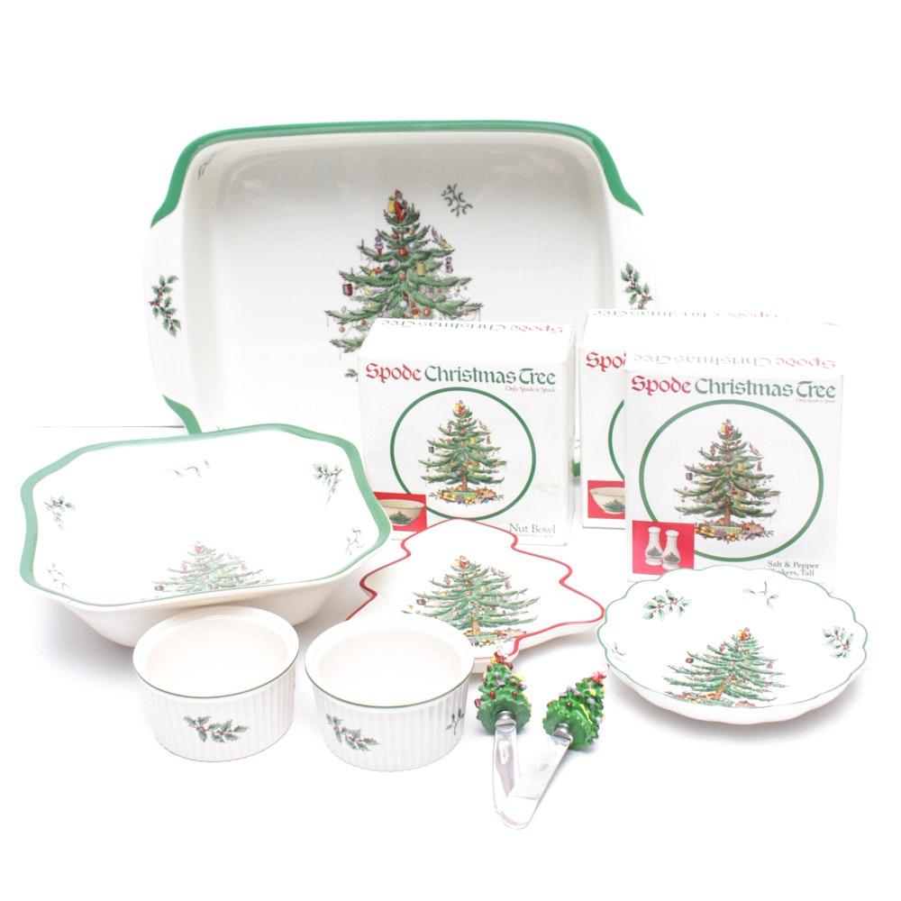 "Spode ""Christmas Tree"" Tableware"