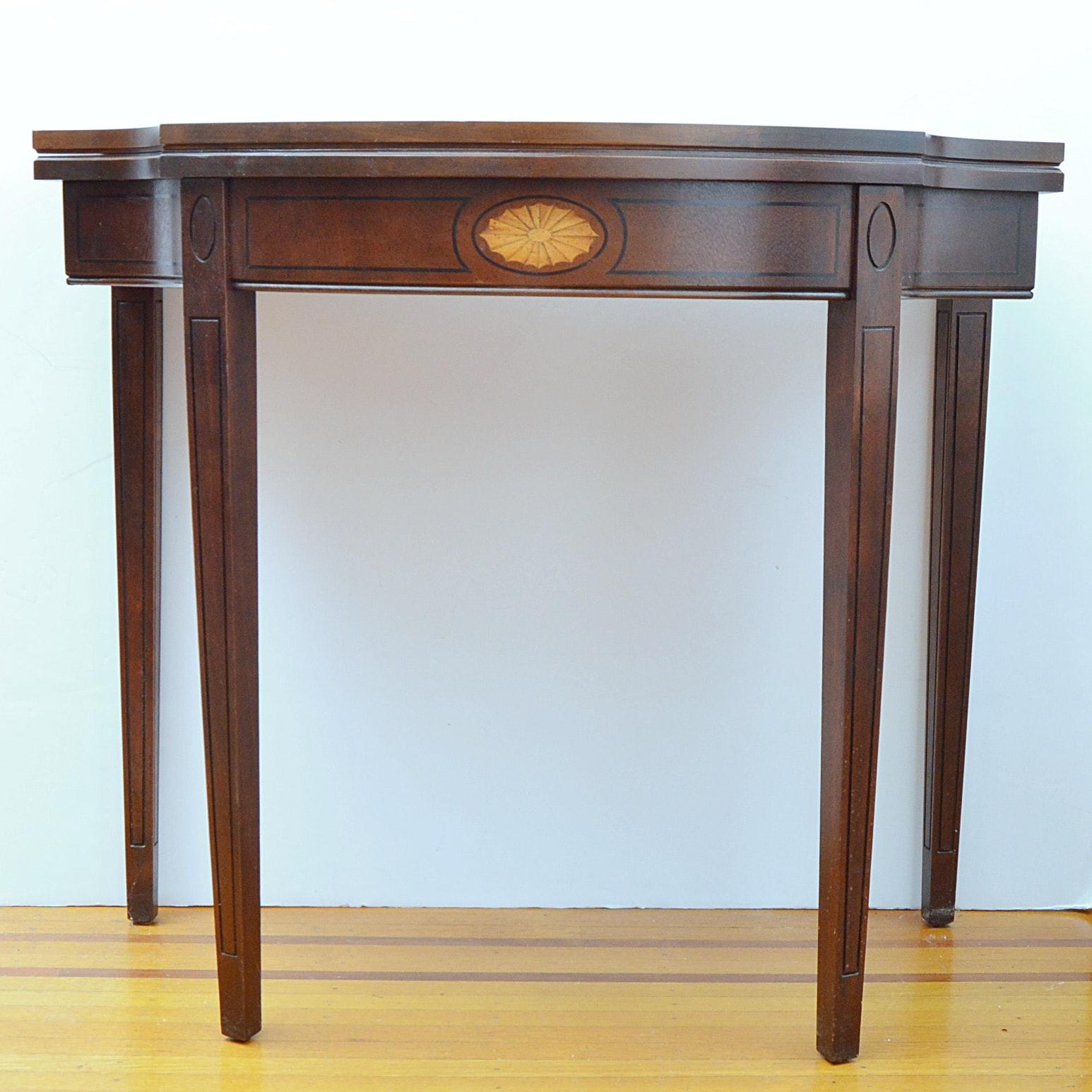 Vintage Hepplewhite Style Console Gate Leg Console Table