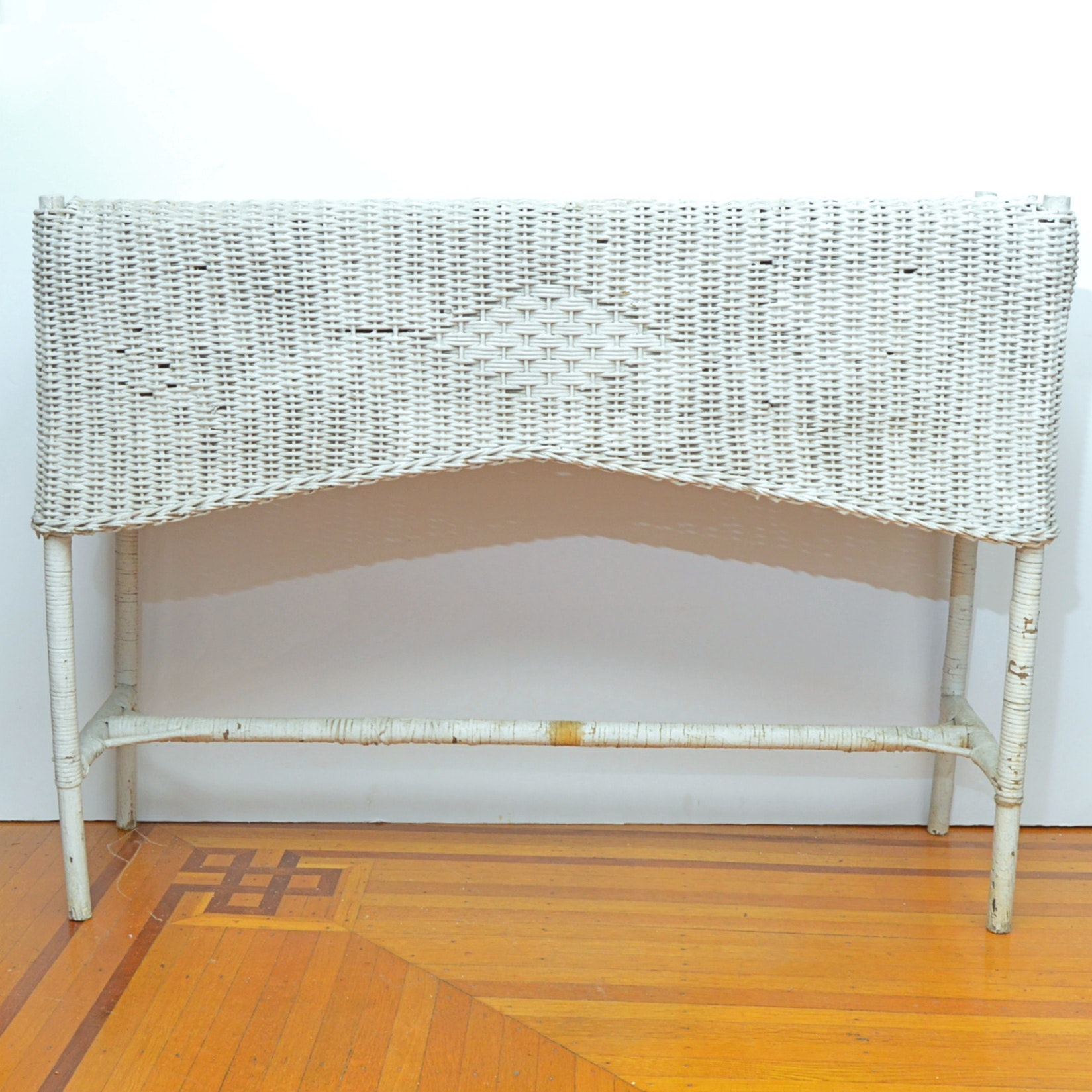Antique White Painted Wicker Planter