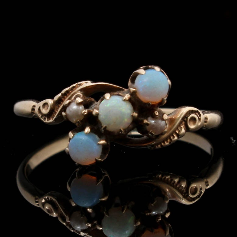 10K Yellow Gold Opal and Cultured Pearl Ring