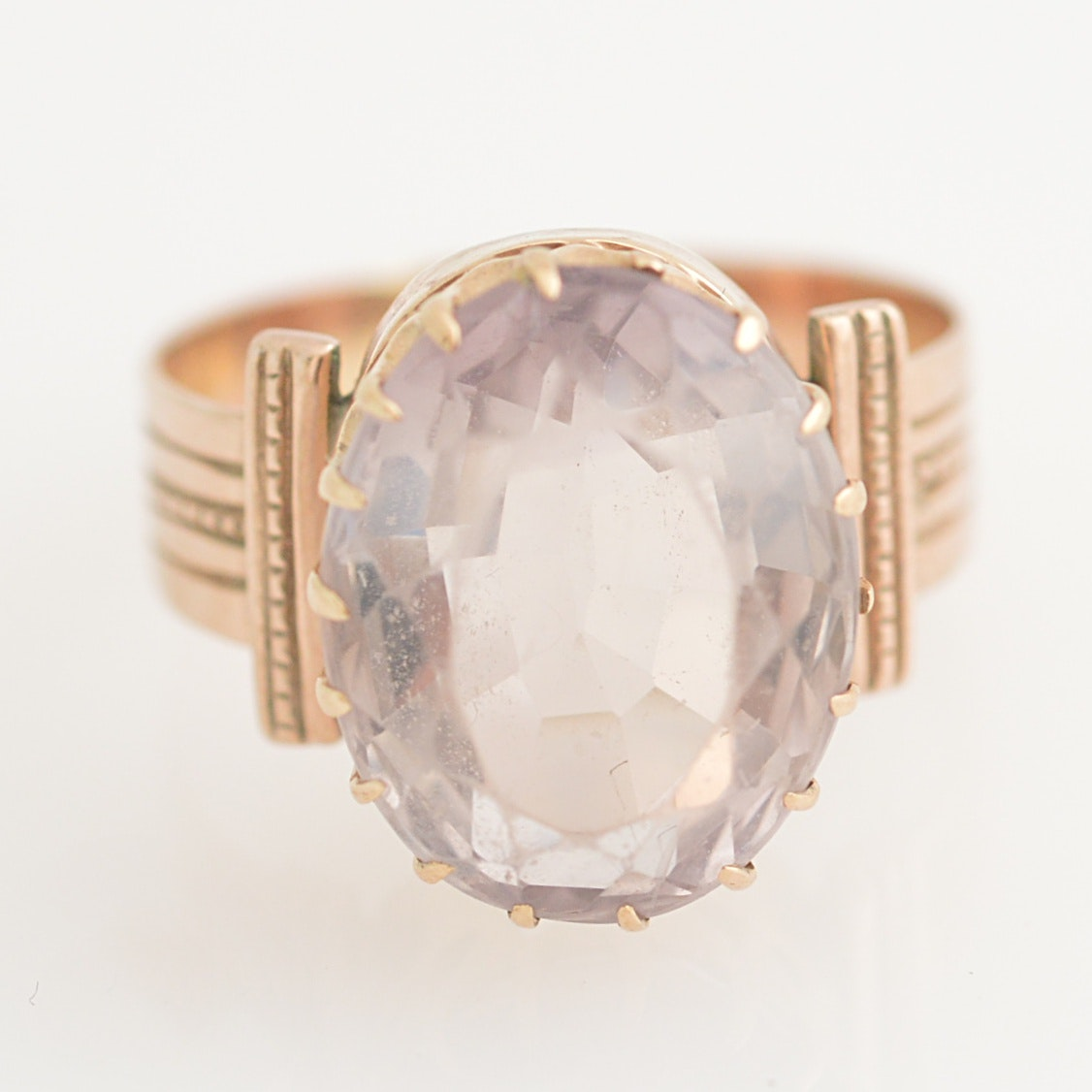 Late Victorian 10K Yellow Gold and Amethyst Ring
