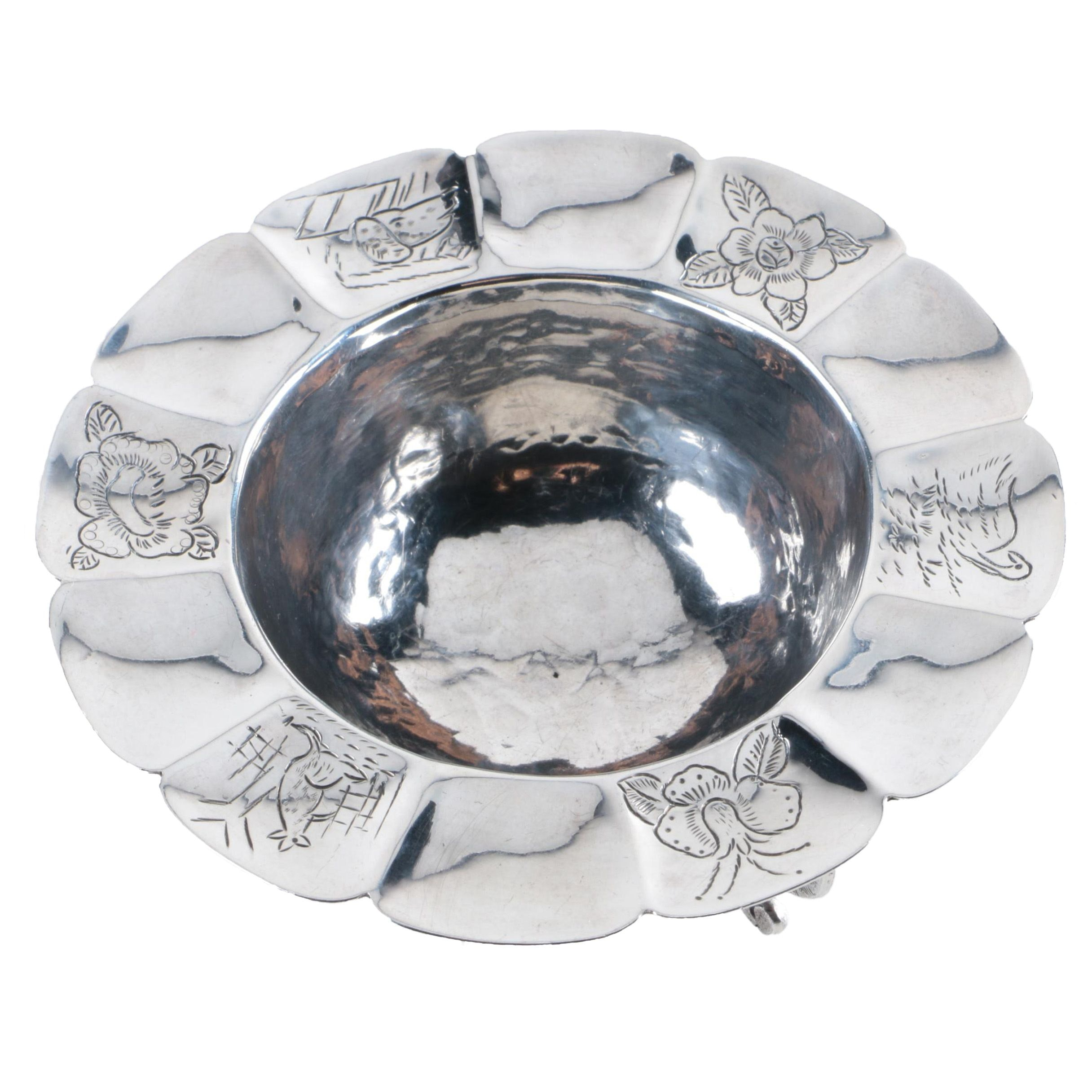 Sanborns Mexican Sterling Silver Floral and Animal Chased Bowl