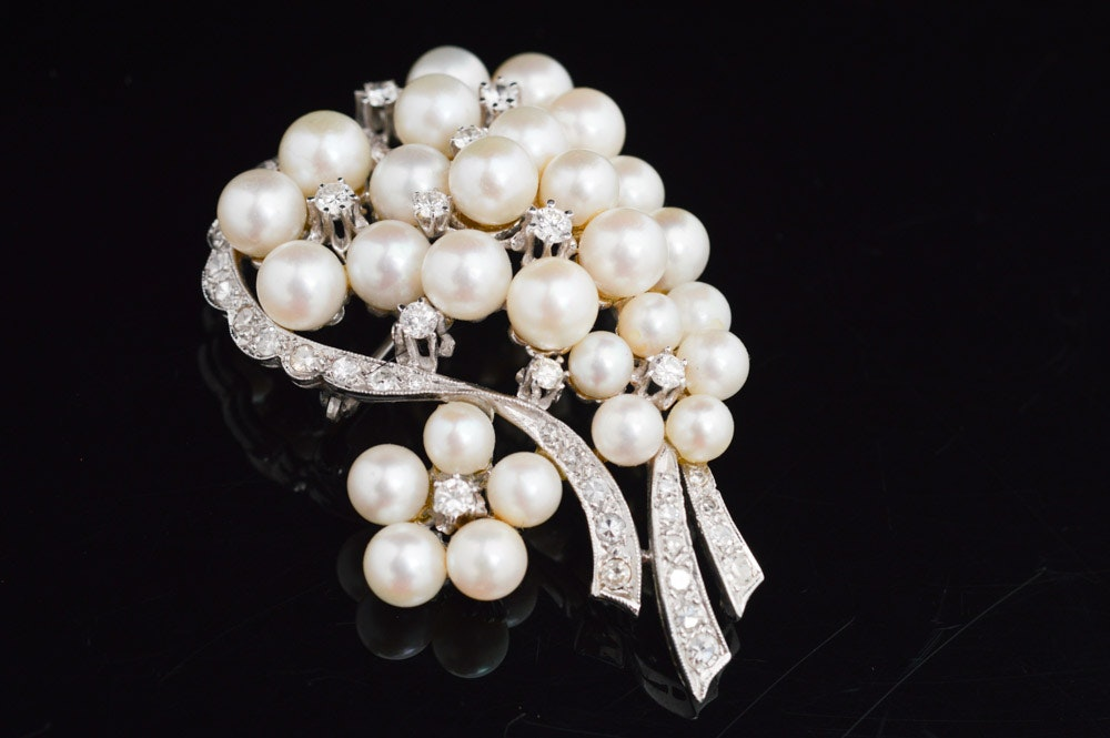 14K White Gold Diamond and Cultured Pearl Brooch