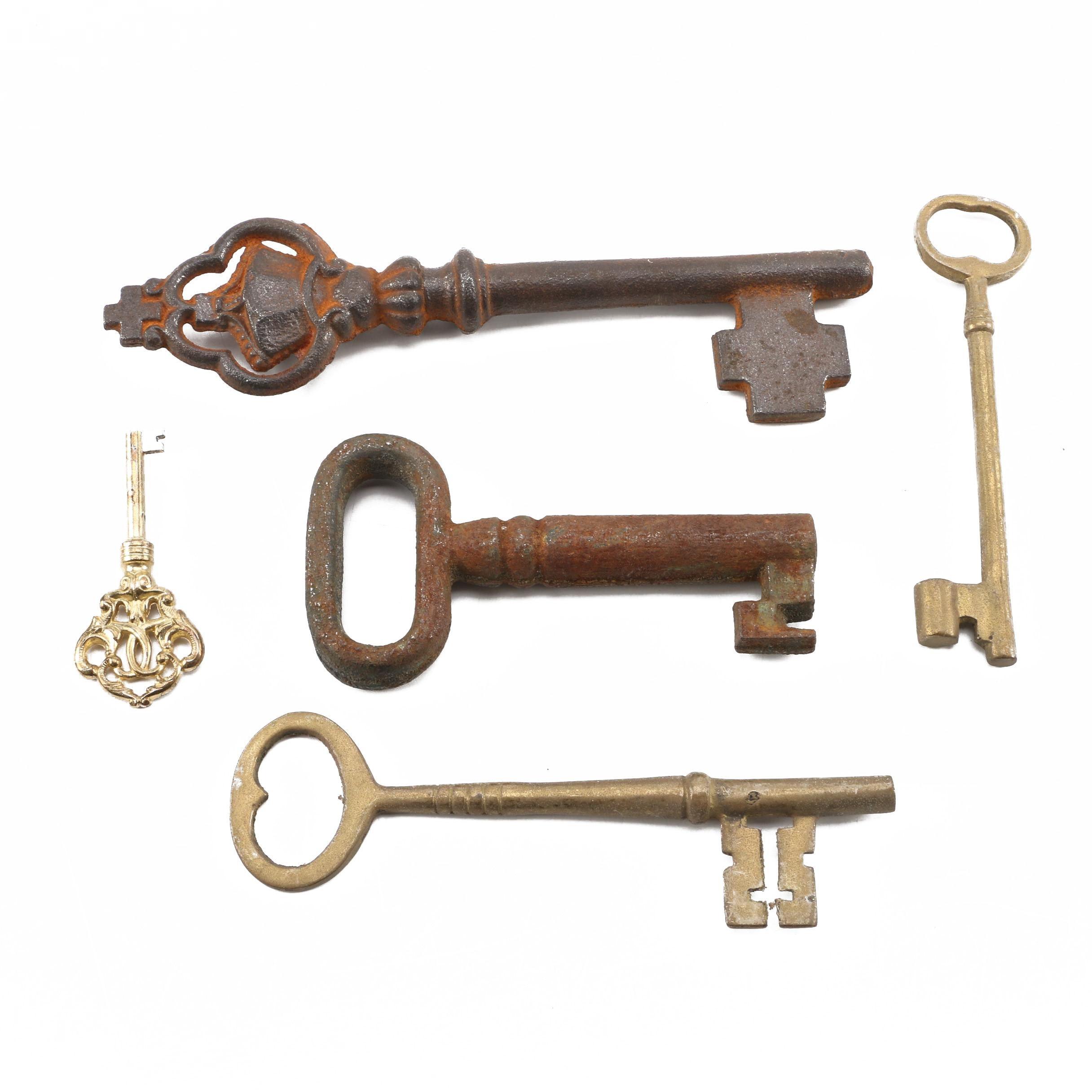 Vintage and Decorative Keys