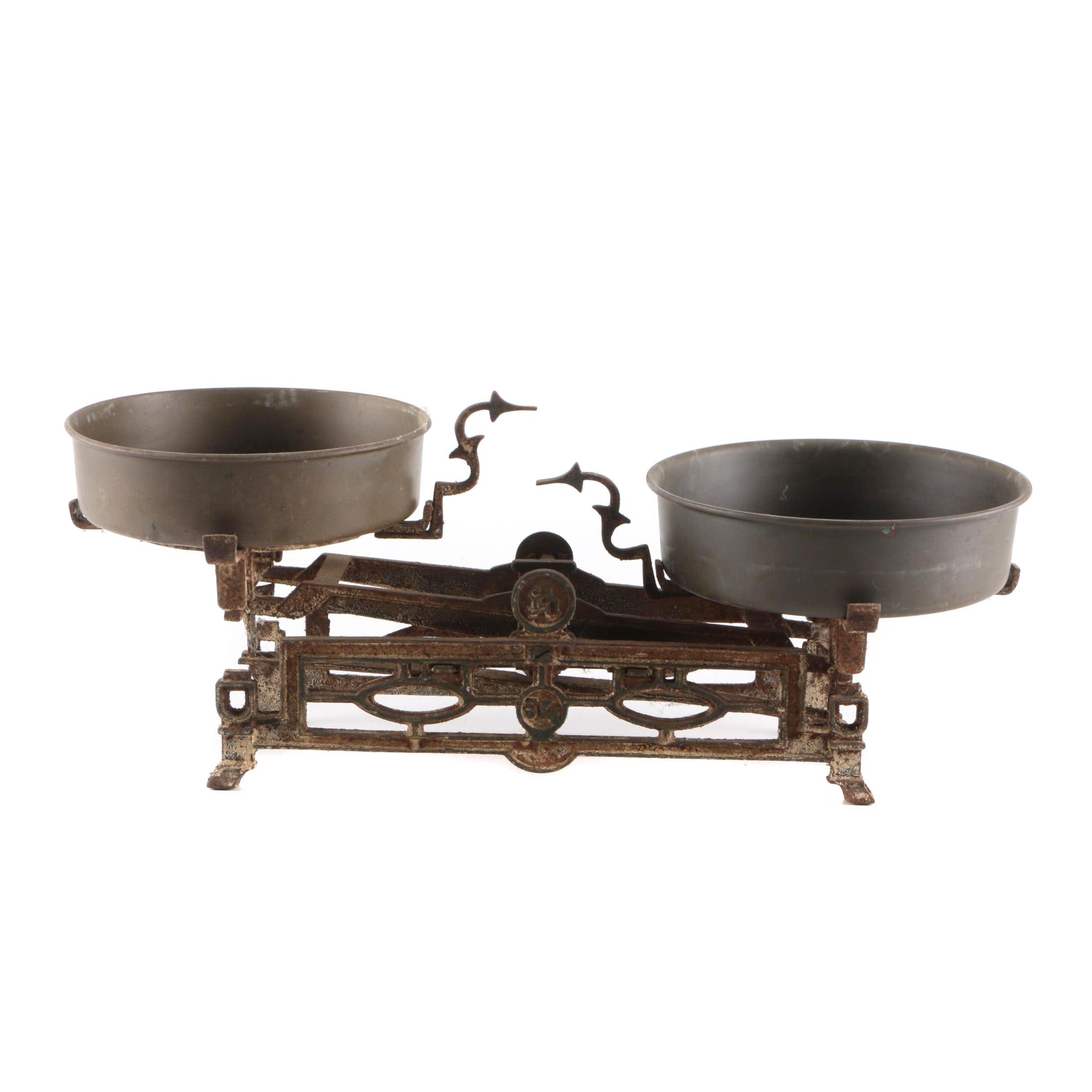 Antique Cast Iron 5 Kilogram Balance Scale with Metal Pans