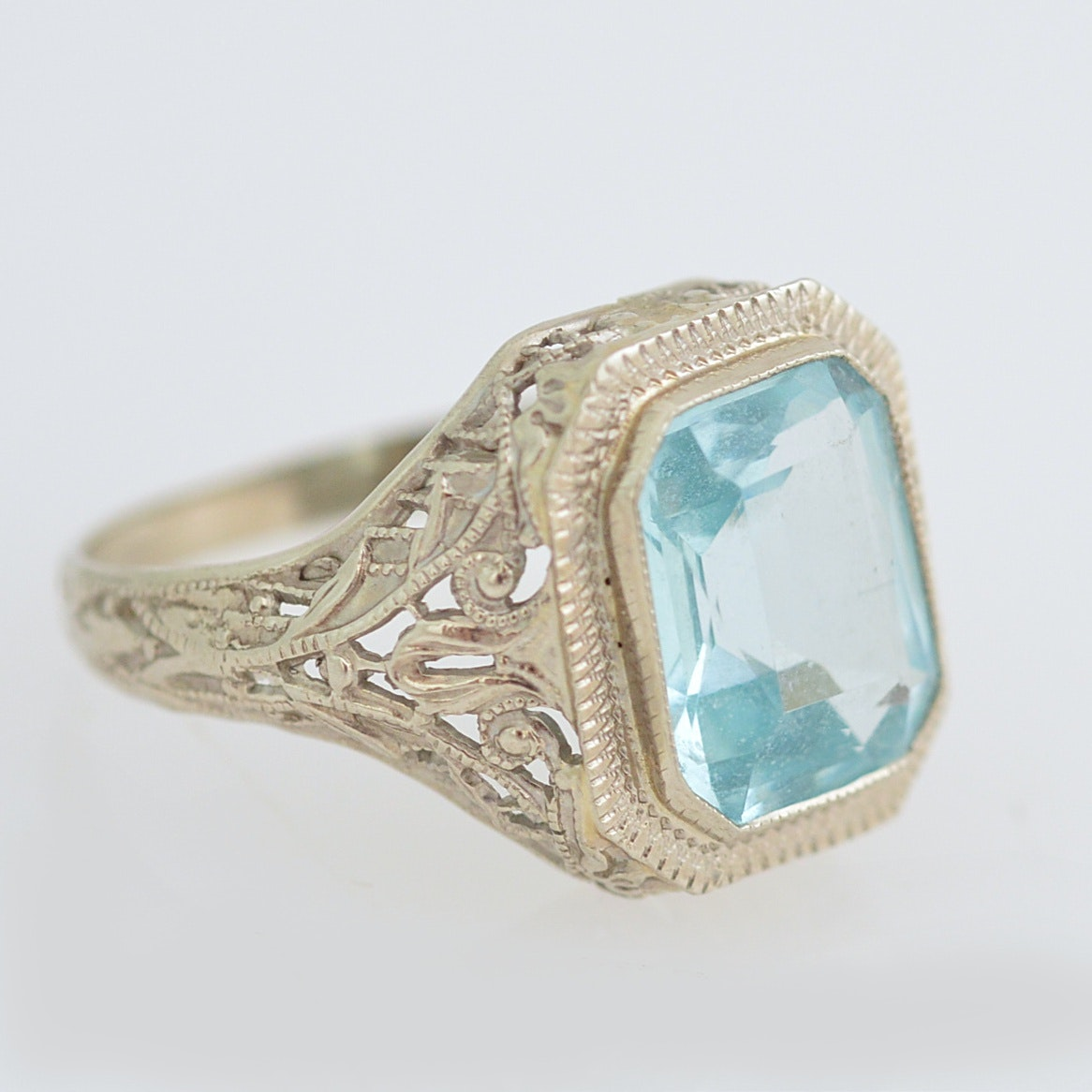 14K White Gold and Blue Glass Ring