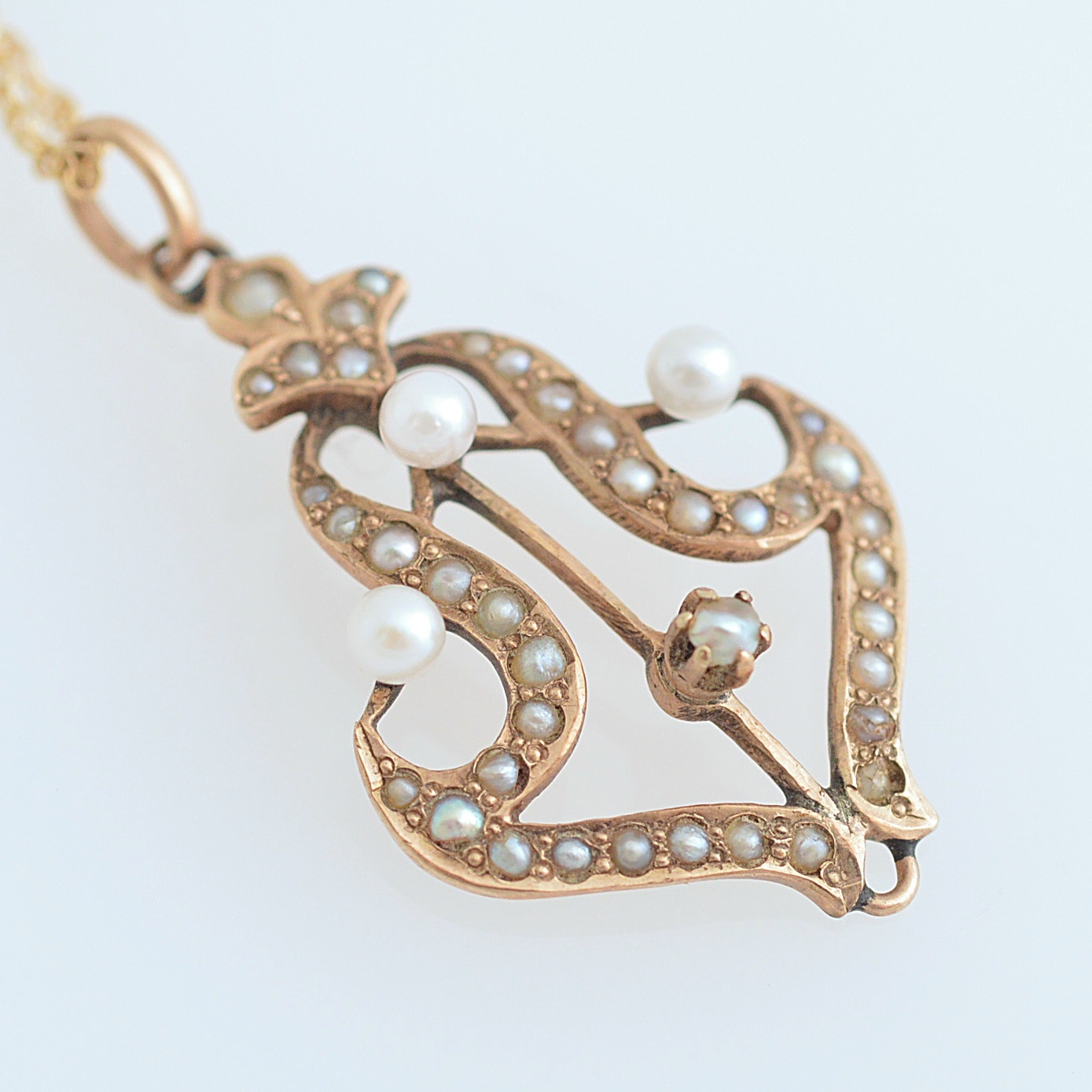 Antique 10K Yellow Gold and Seed Pearl Pendant with 14K Yellow Gold Chain