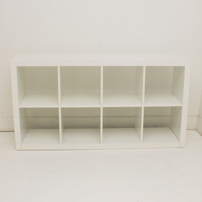 White Plastic Cubicle Unit