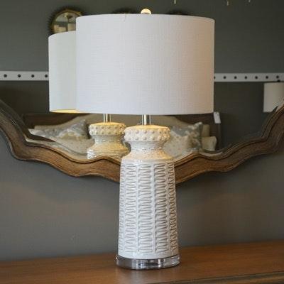 Off-White Glazed Ceramic Table Lamp