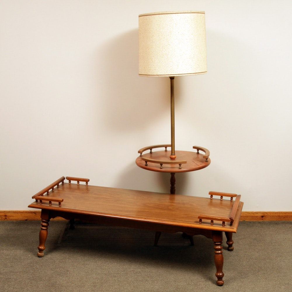 Vintage Traditional Style Coffee Table and Table Lamp