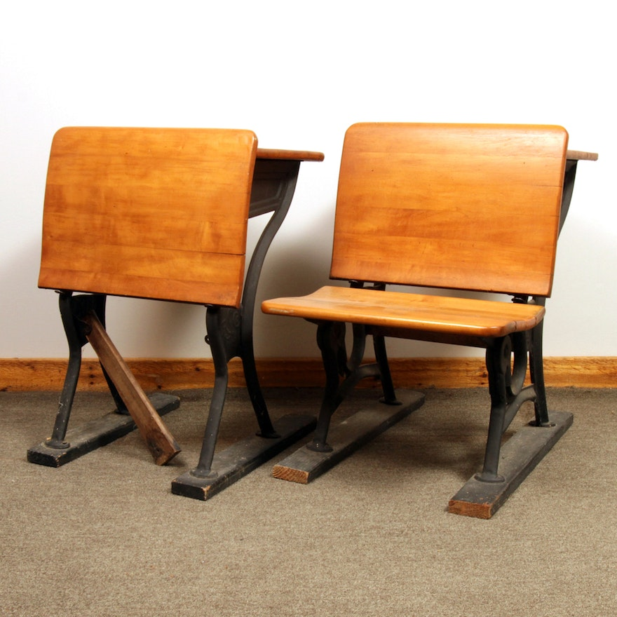 Antique School Desk by the American Seating Company ... - Antique School Desk By The American Seating Company : EBTH