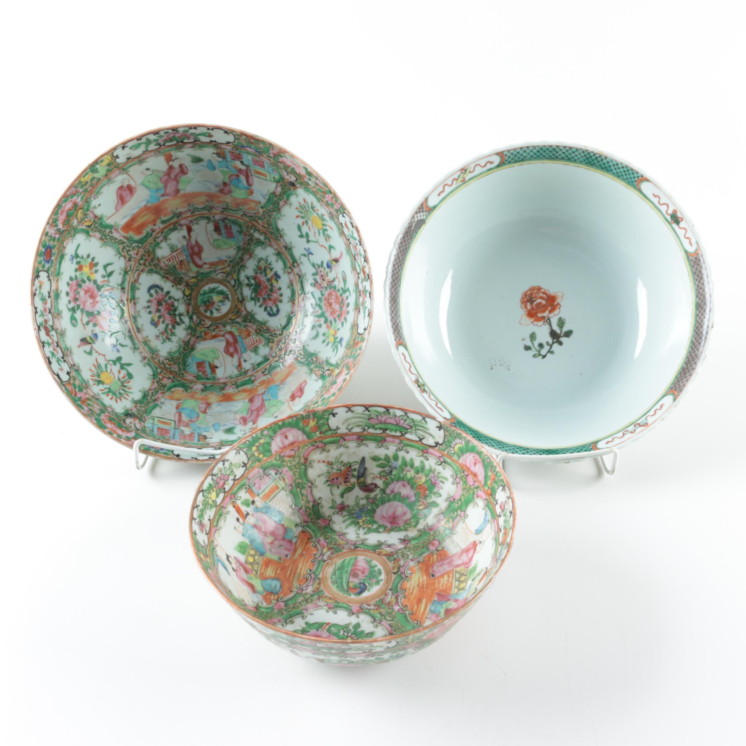 Chinese Rose Medallion Porcelain Bowls
