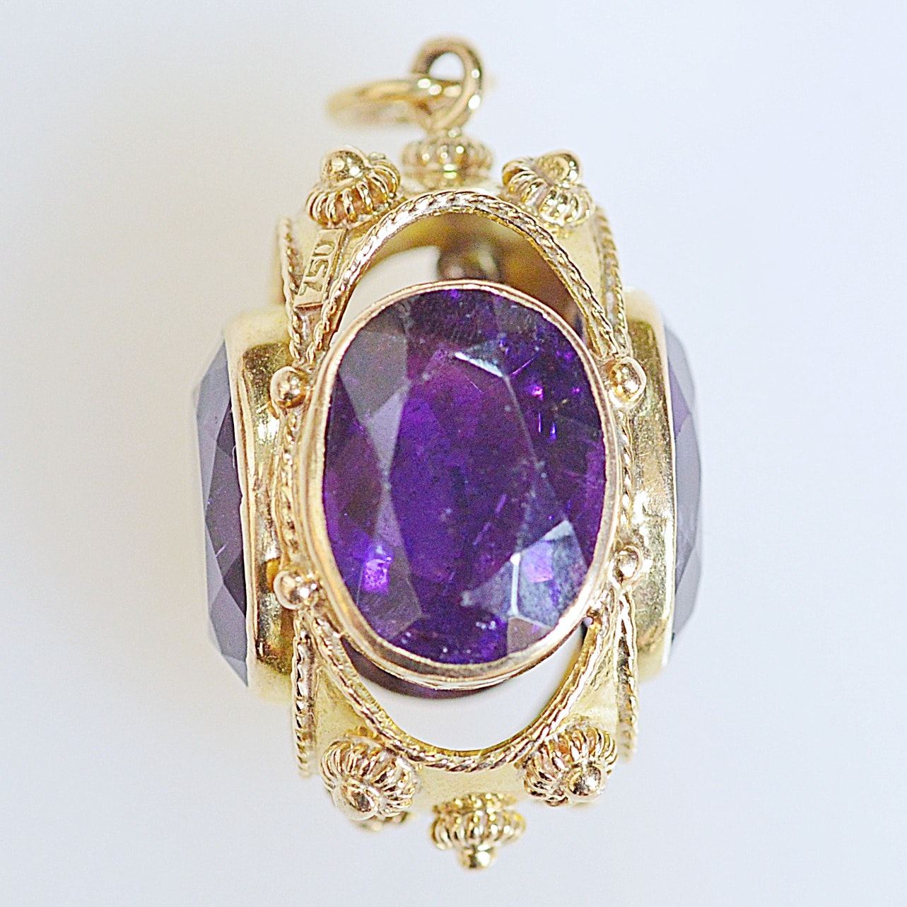 Antique 18K Yellow Gold and Amethyst Pendant