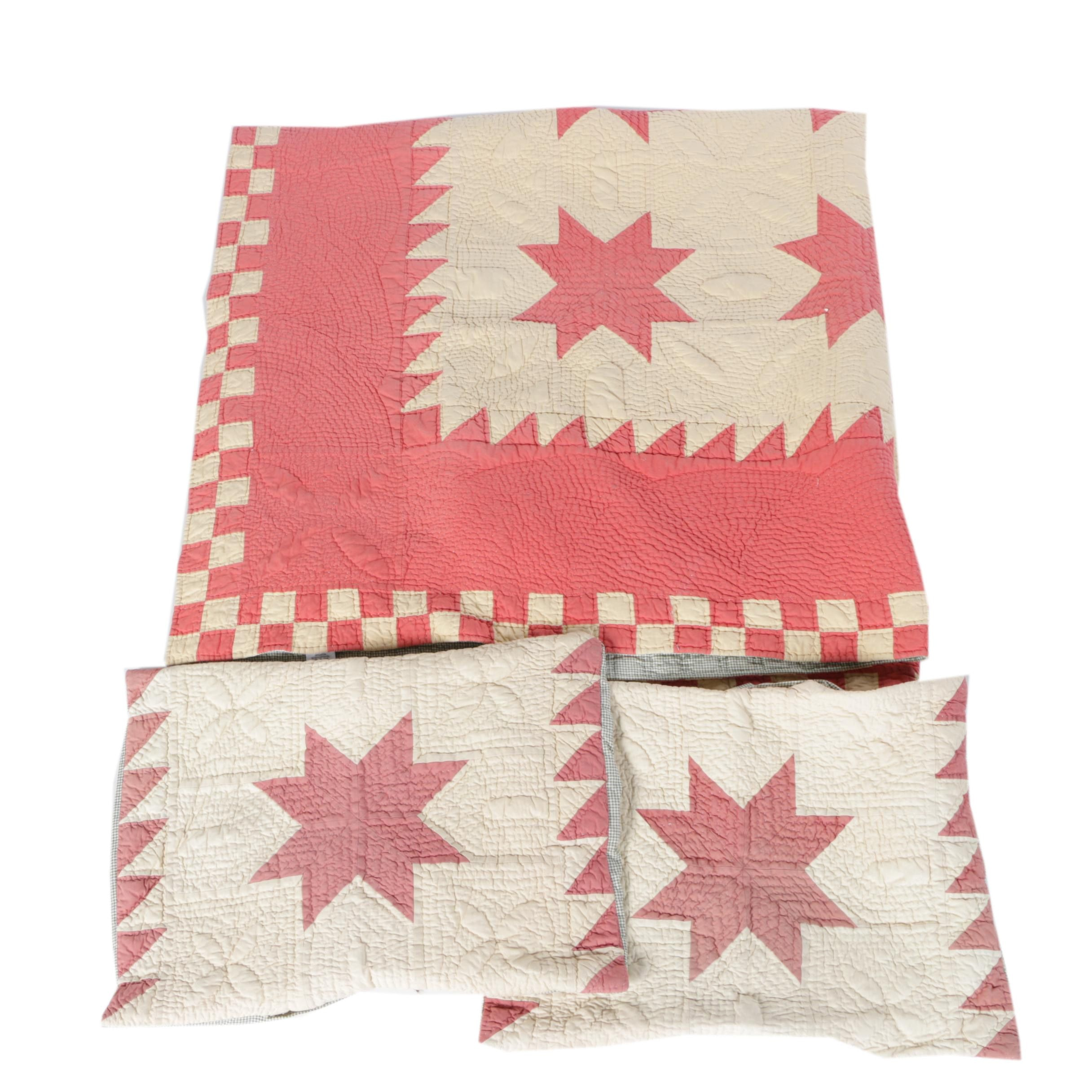"""Vintage """"Sawtooth"""" Cotton Quilt with Matching Pillow Cases"""