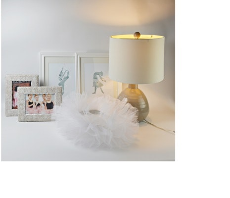 Table Lamp, Frames and Other Decor