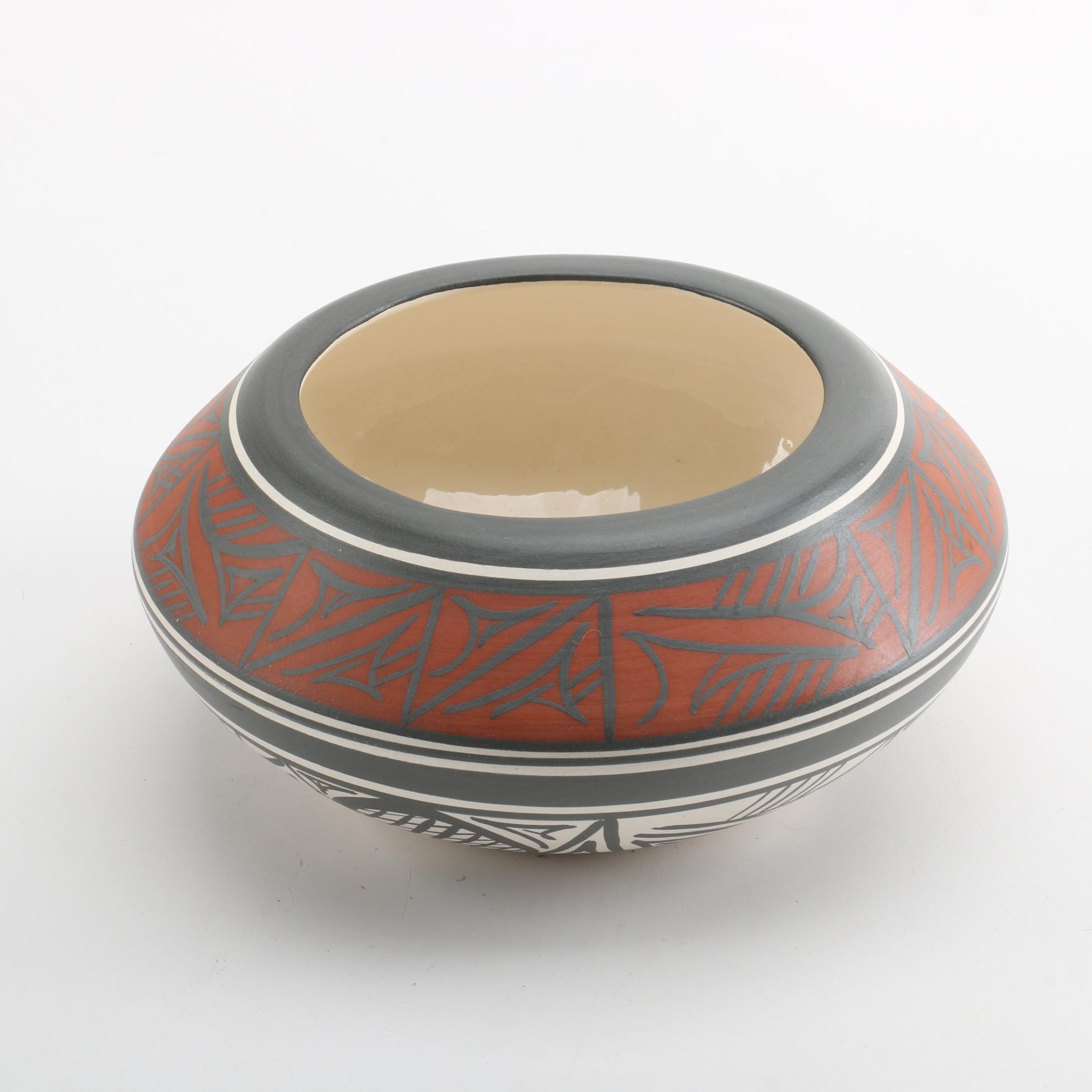 Signed Navajo Pottery Seed Bowl