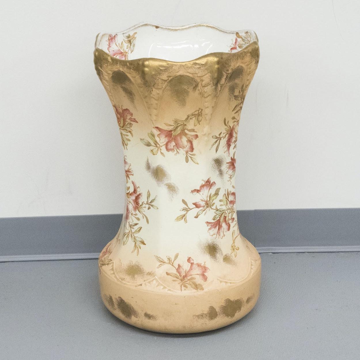 Maddock's Lamberton Works Royal Porcelain Vase