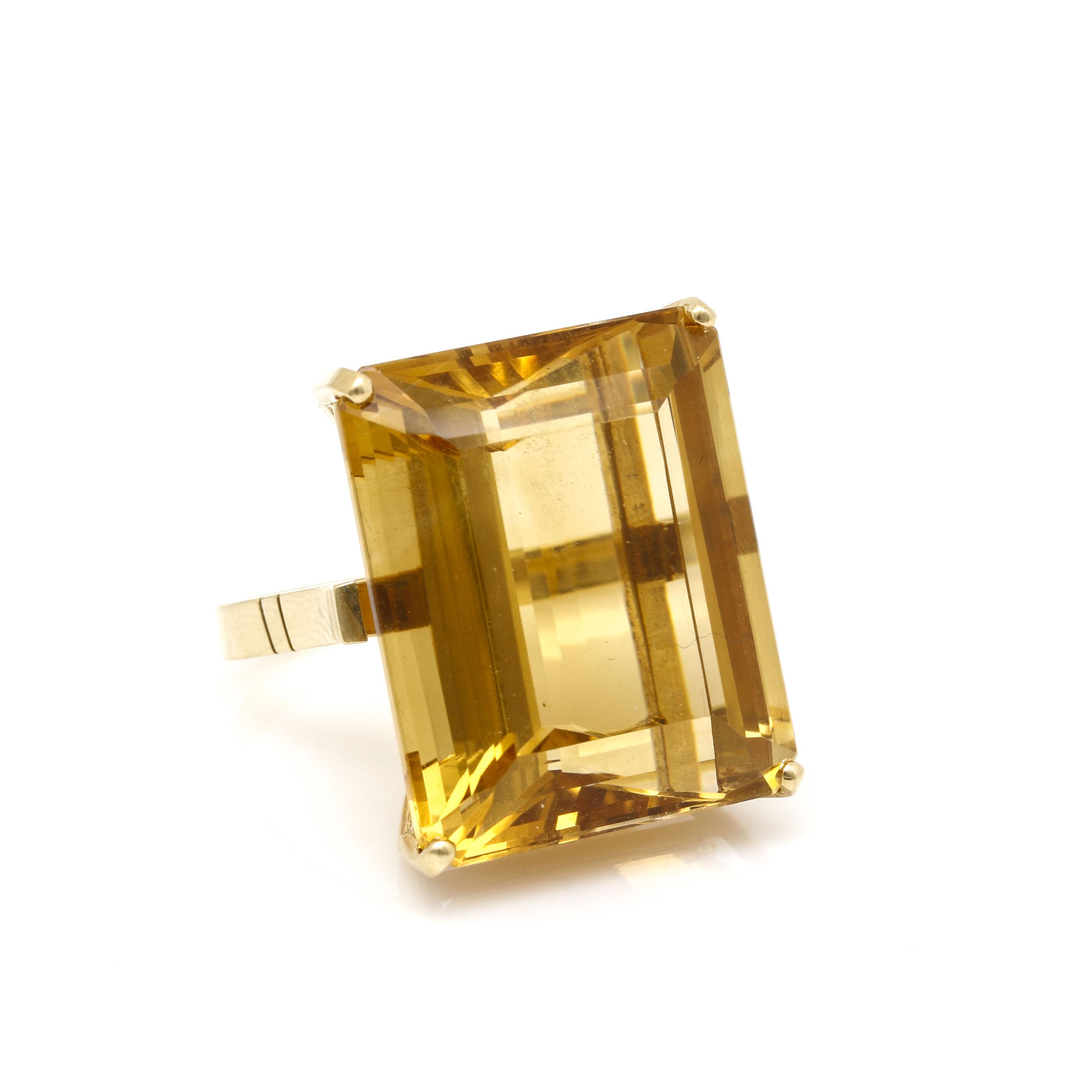 18K Yellow Gold 39.56 CT Citrine Ring