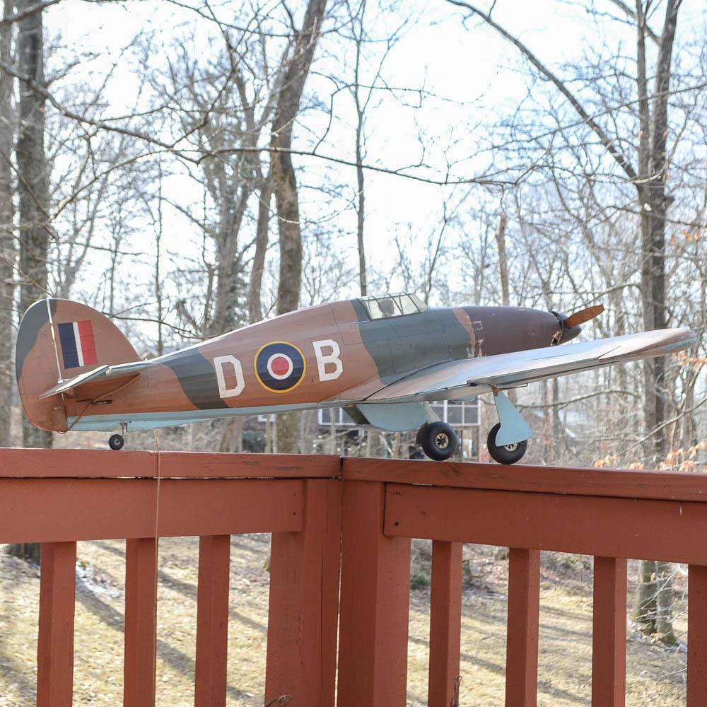 Supermarine Spitfire Model Airplane with Zinger Propeller