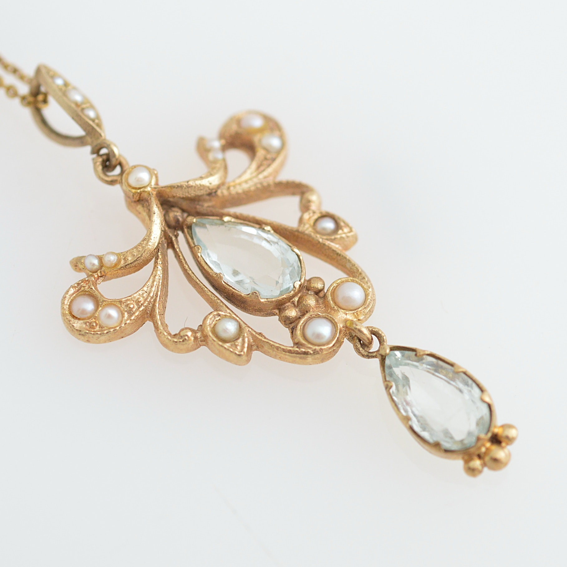 Vintage 9K Yellow Gold, Aquamarine and Seed Pearl Pendant on a Chain Necklace