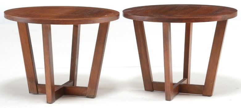 Pair of Mid Century Modern Side Tables by Lane