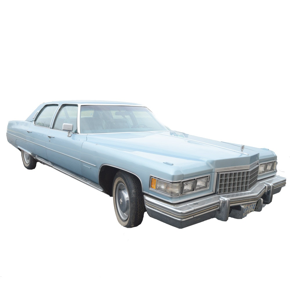 1976 Cadillac Fleetwood Brougham Luxury Sedan