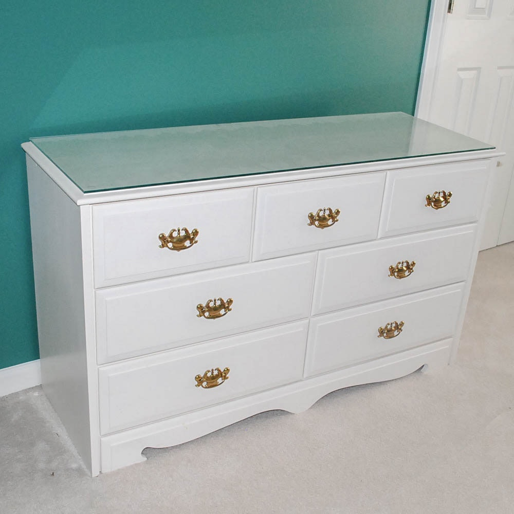 Chippendale Style Chest of Drawers