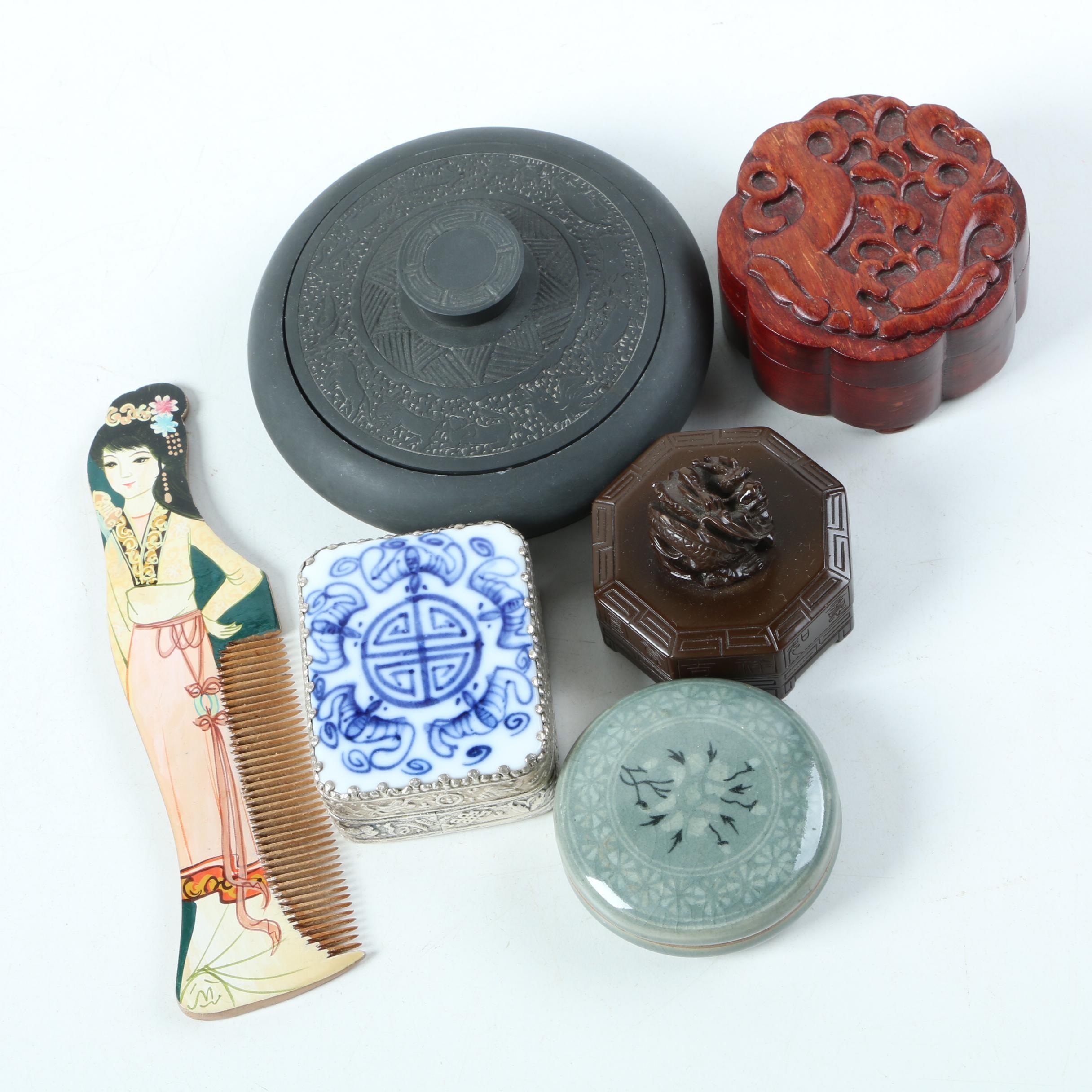 East Asian Vanity Accessories