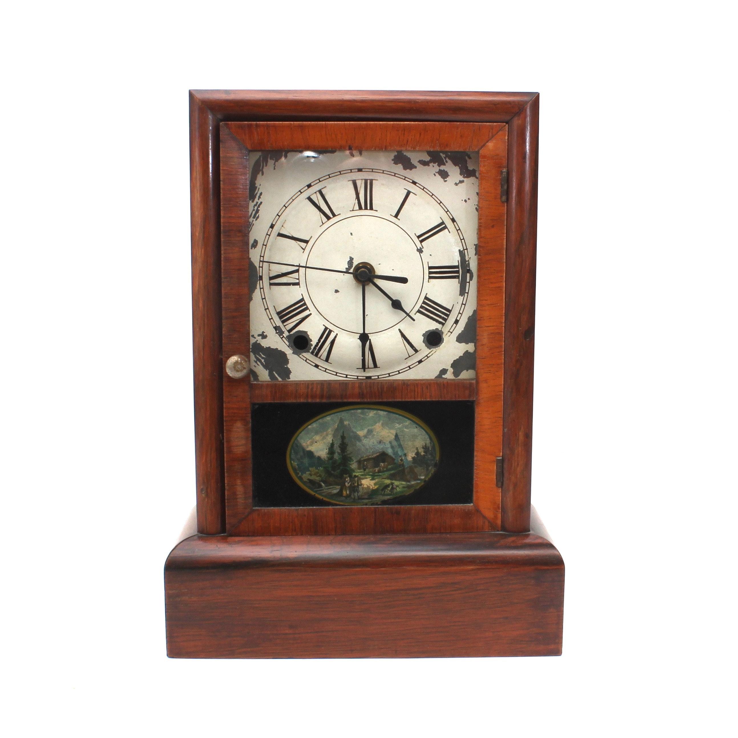Vintage Mahogany Wooden Mantel Clock