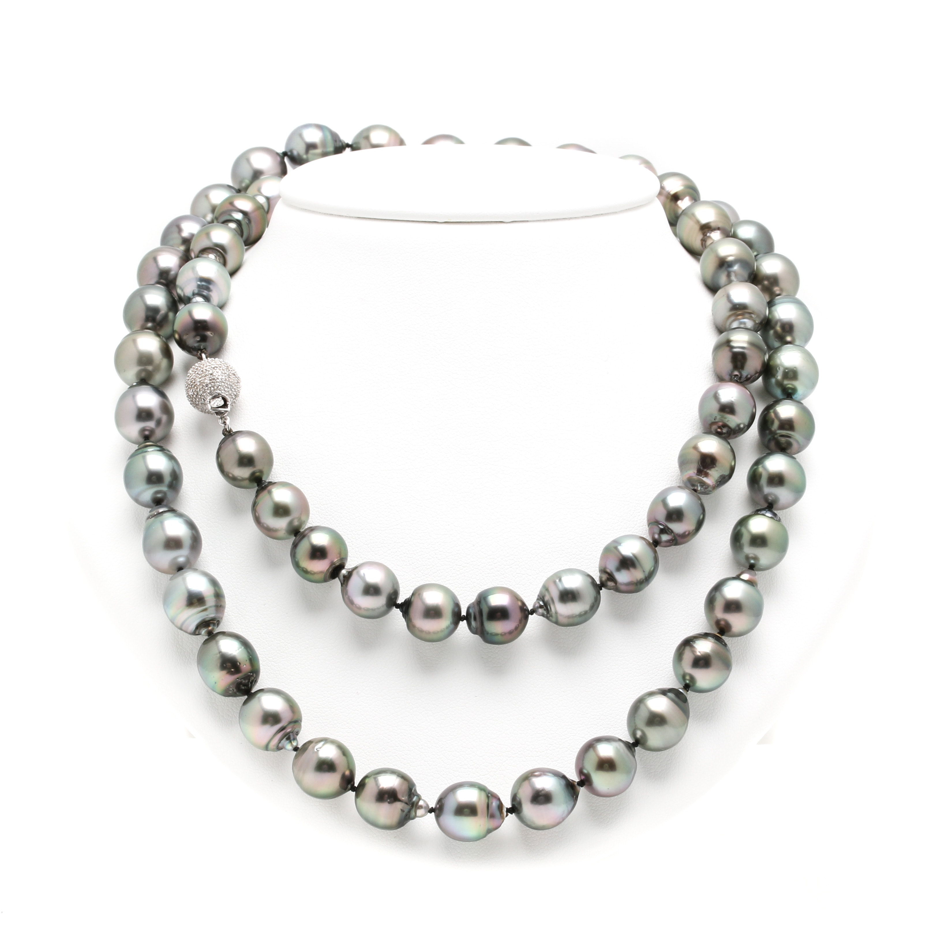 14K White Gold Tahitian Cultured Pearl and Diamond Necklace With GIA Report