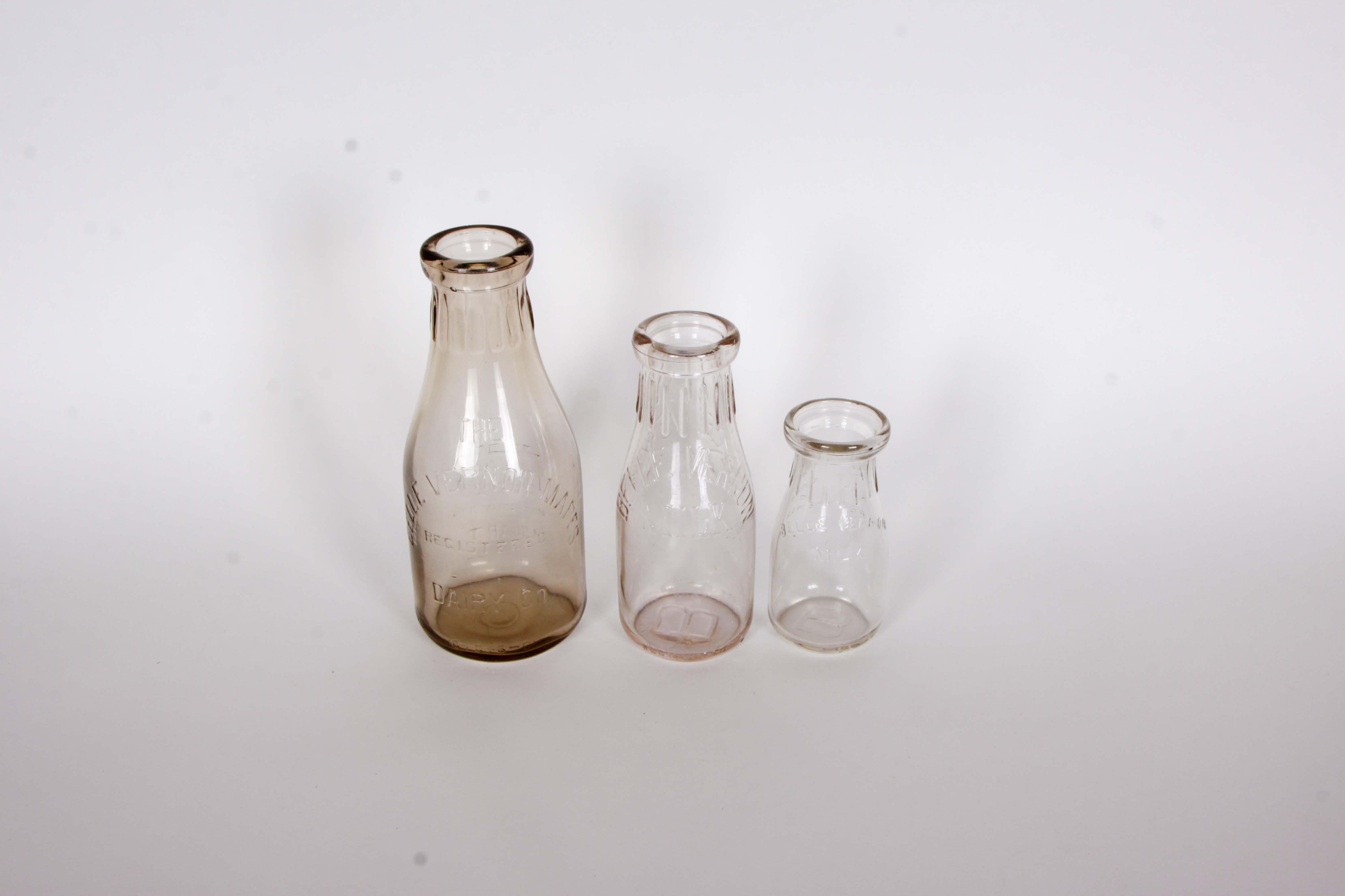 Belle Vernon Dairy Co. Milk Bottle Set.