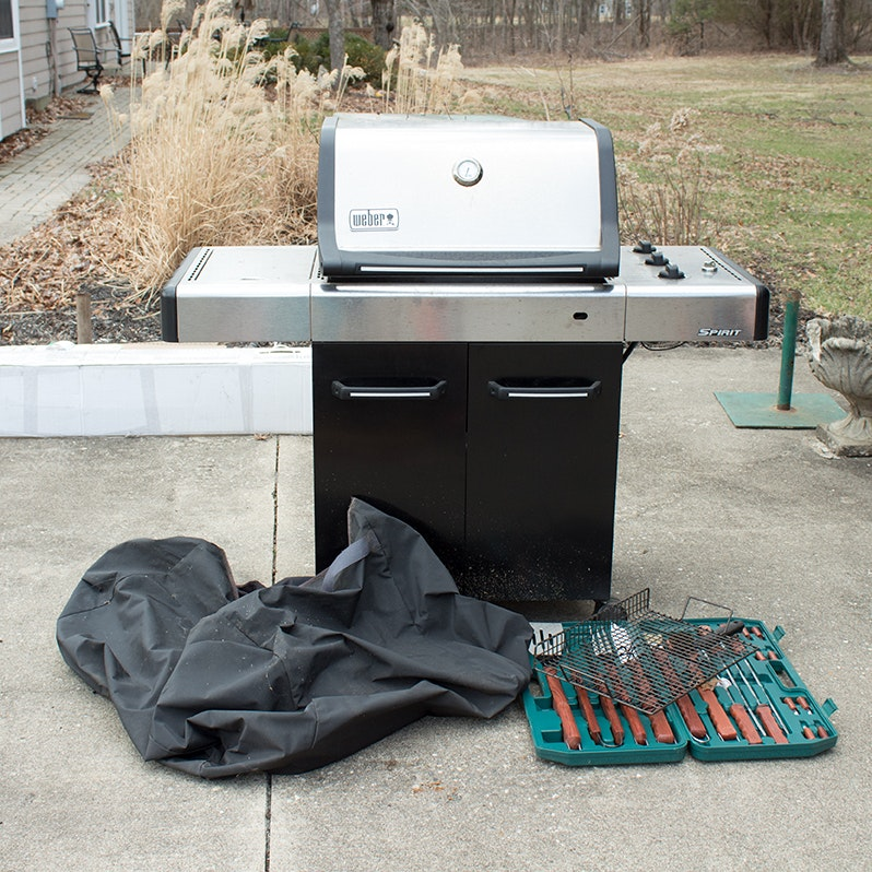 "Outdoor Weber ""Spirit"" Gas Grill and Accessories"