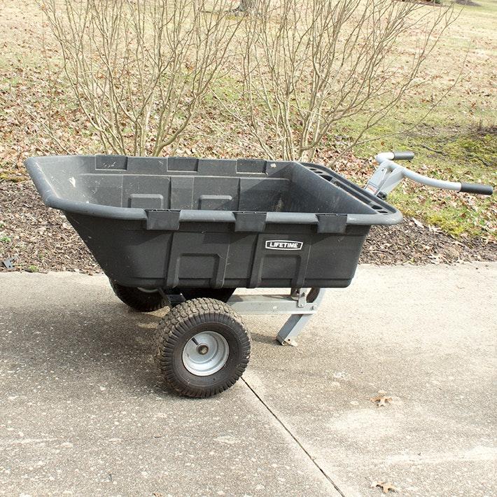 Lifetime 10 Cubic Foot Yard Cart