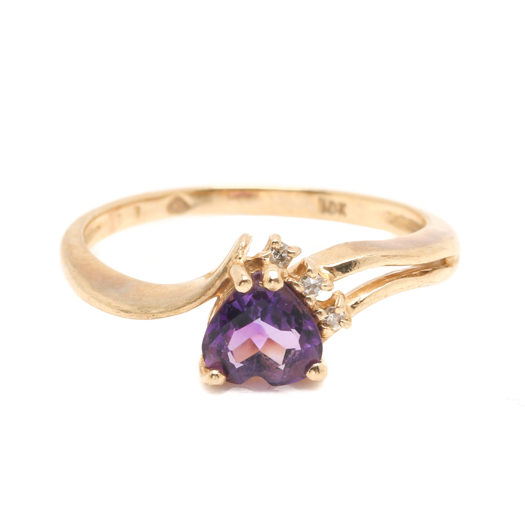 10K Yellow Gold Amethyst and Diamond Heart Ring