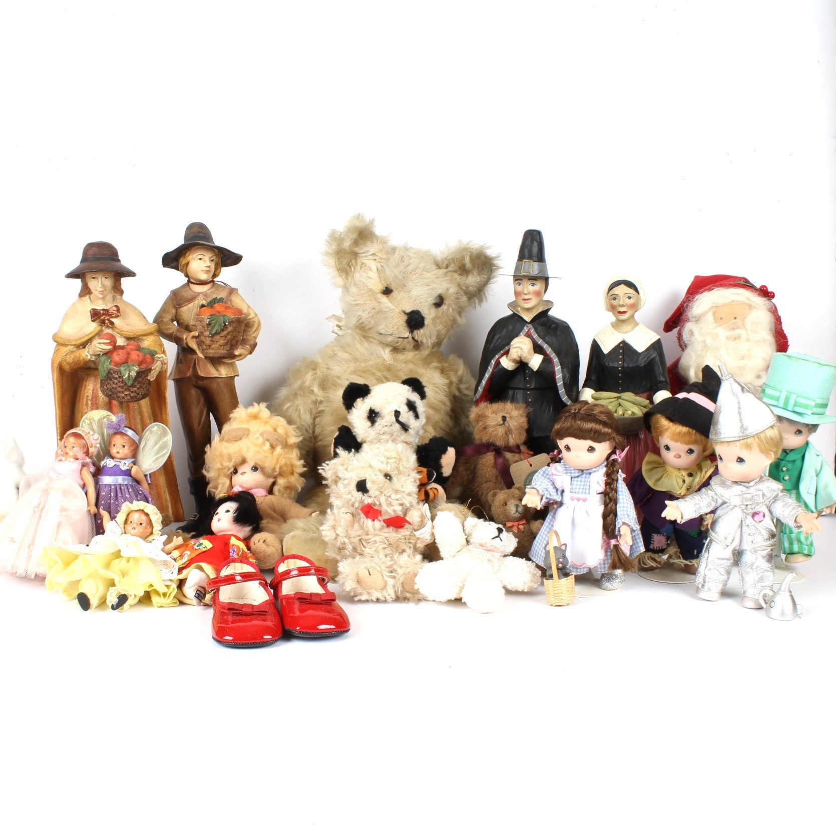Collection of Dolls, Stuffed Animals and Figurines